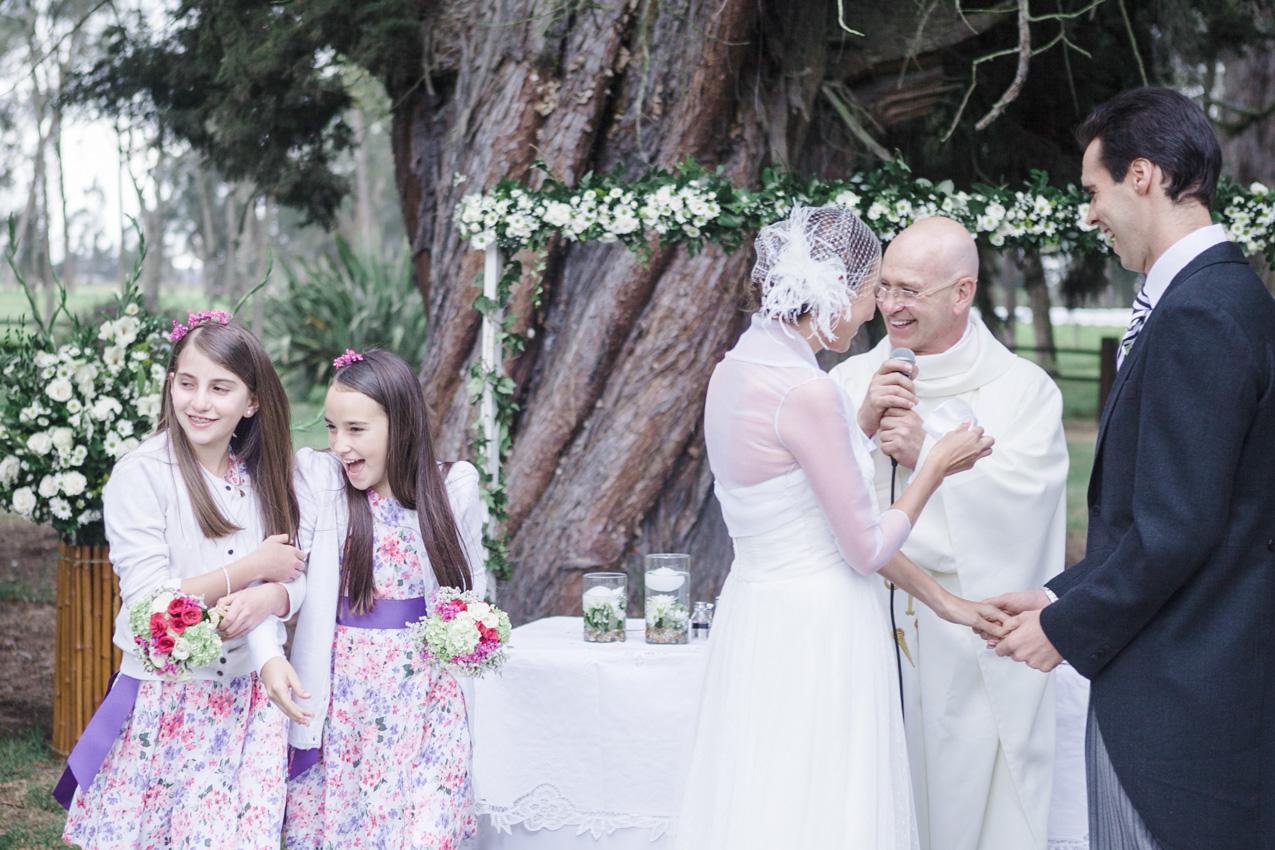 11-fotografia-de-matrimonios-eventos-wedding-photography-colombia-bogota-tenjo-los-laureles-hacienda.jpg
