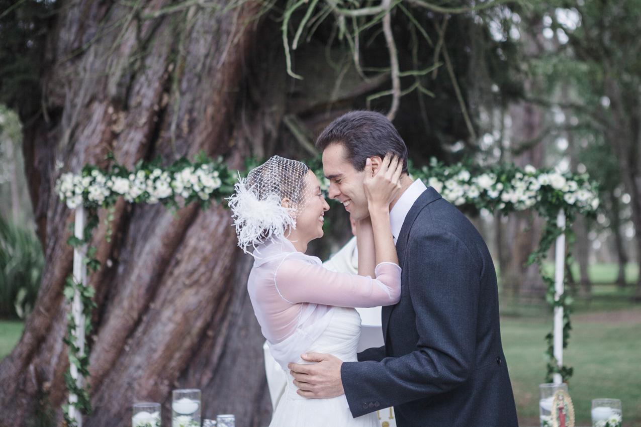 12-fotografia-de-matrimonios-eventos-wedding-photography-colombia-bogota-tenjo-los-laureles-hacienda.jpg