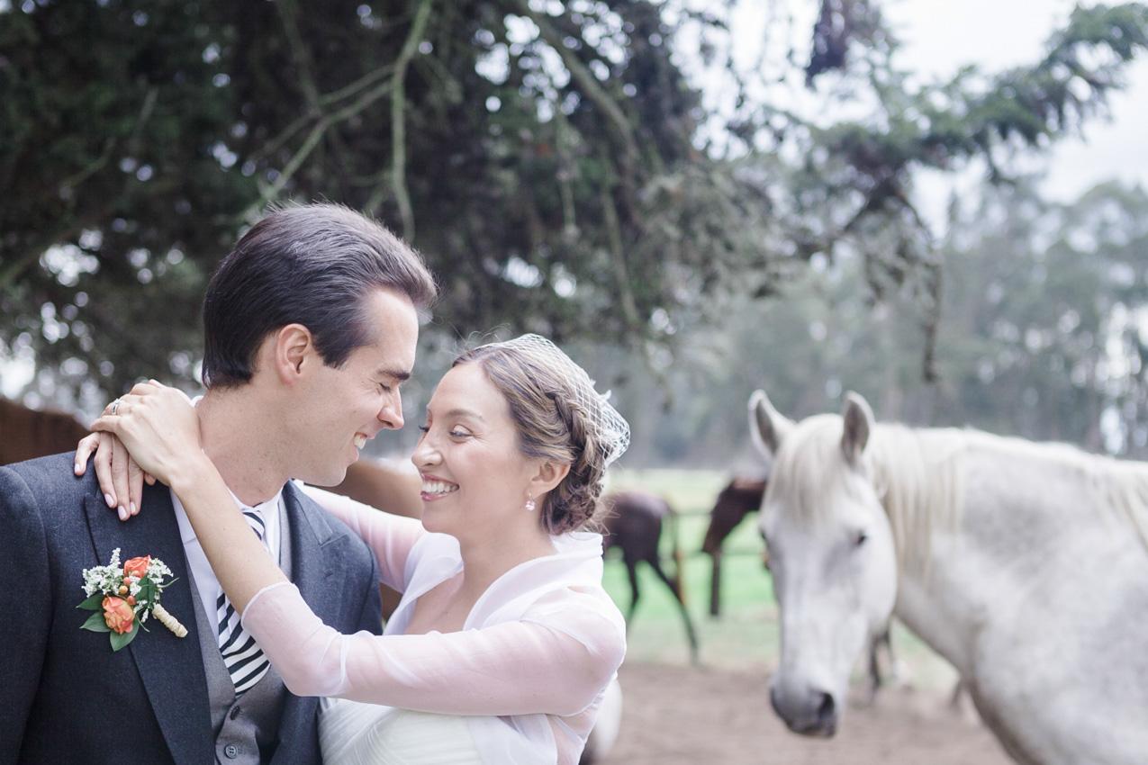 21-fotografia-de-matrimonios-eventos-wedding-photography-colombia-bogota-tenjo-los-laureles-hacienda.jpg