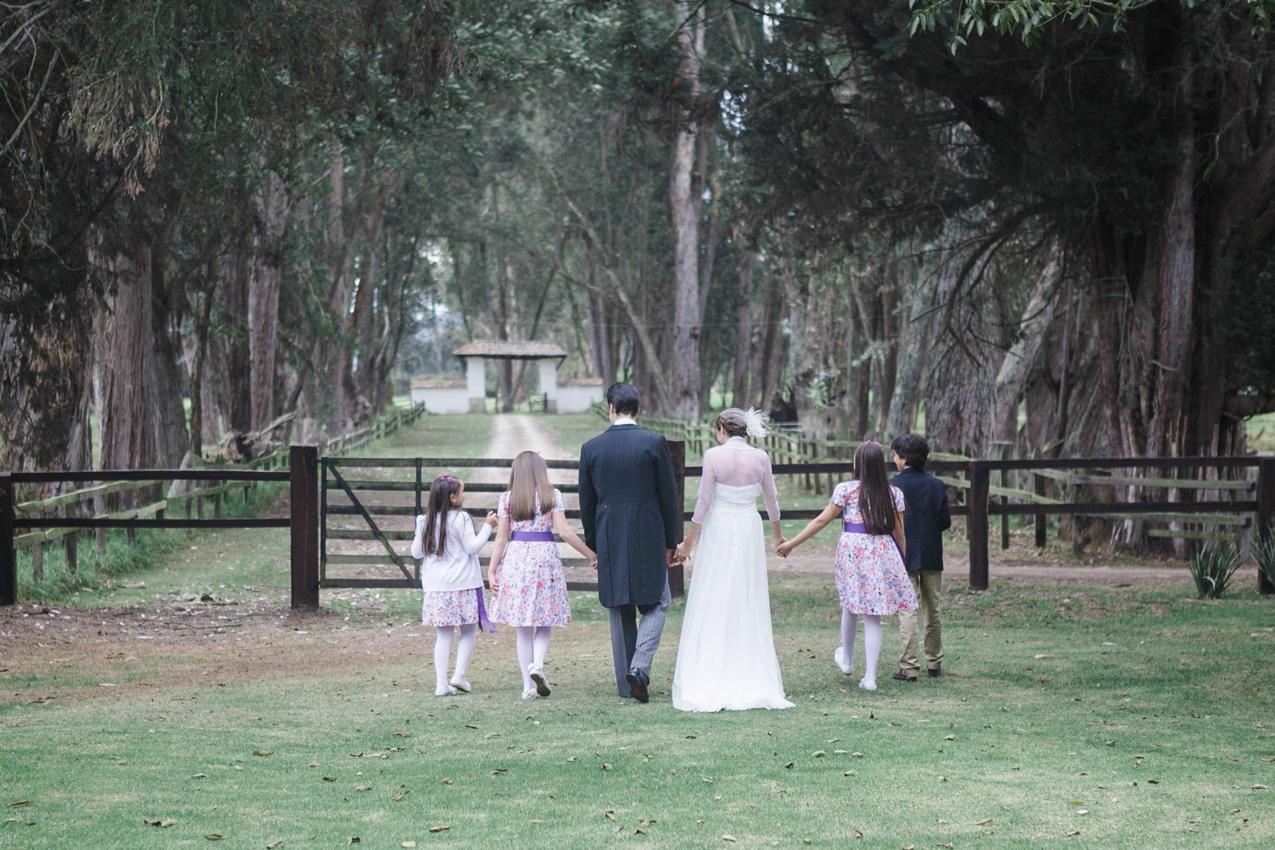 25-fotografia-de-matrimonios-eventos-wedding-photography-colombia-bogota-tenjo-los-laureles-hacienda.jpg