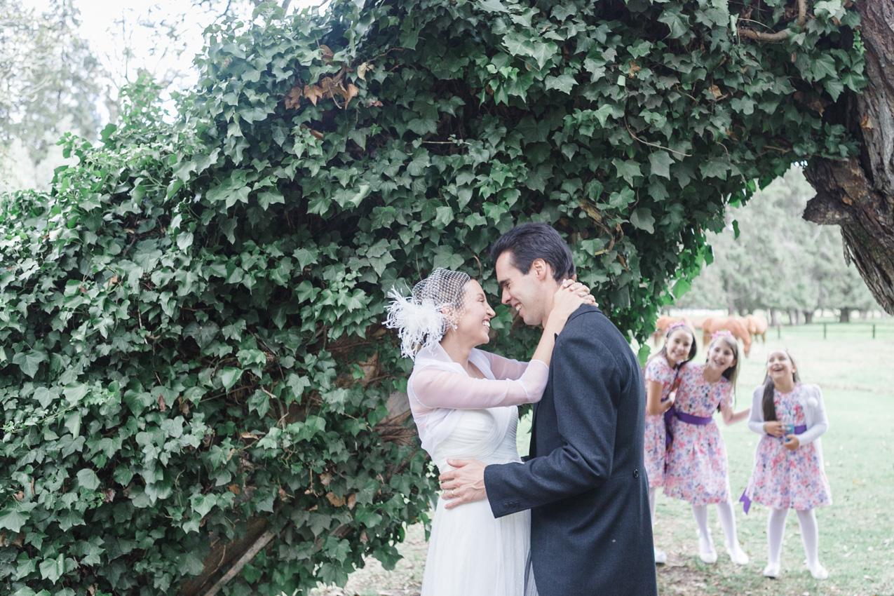 24-fotografia-de-matrimonios-eventos-wedding-photography-colombia-bogota-tenjo-los-laureles-hacienda.jpg
