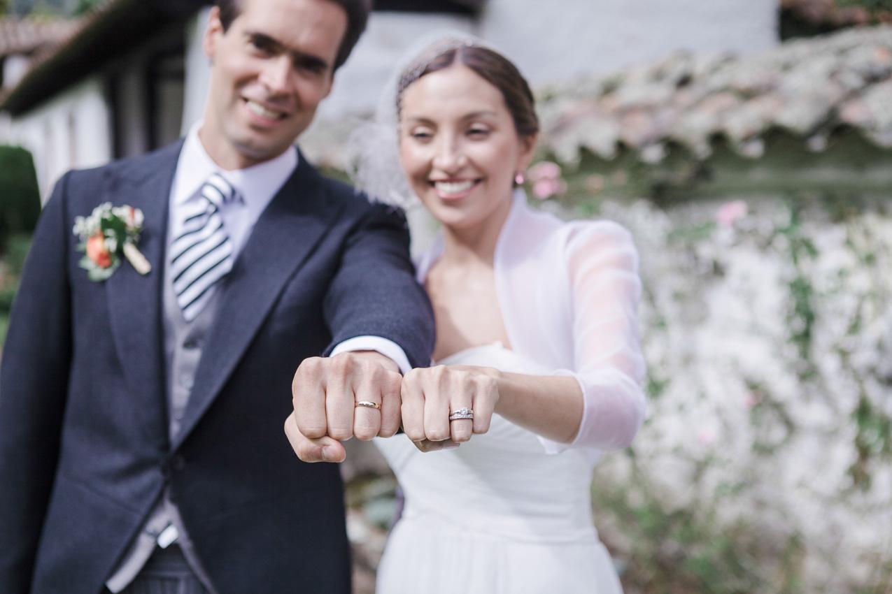 35-fotografia-de-matrimonios-eventos-wedding-photography-colombia-bogota-tenjo-los-laureles-hacienda.jpg