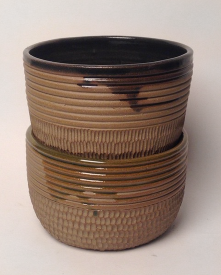 Recycled stoneware bowls