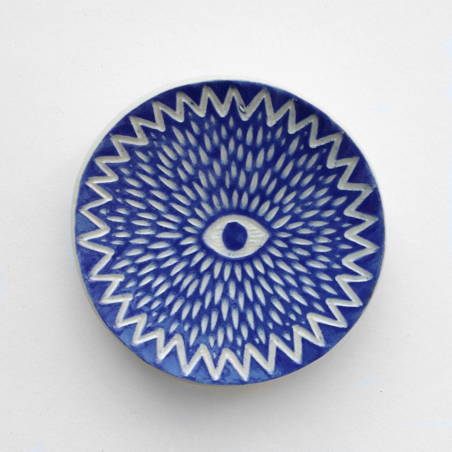 Eyeball ring dish