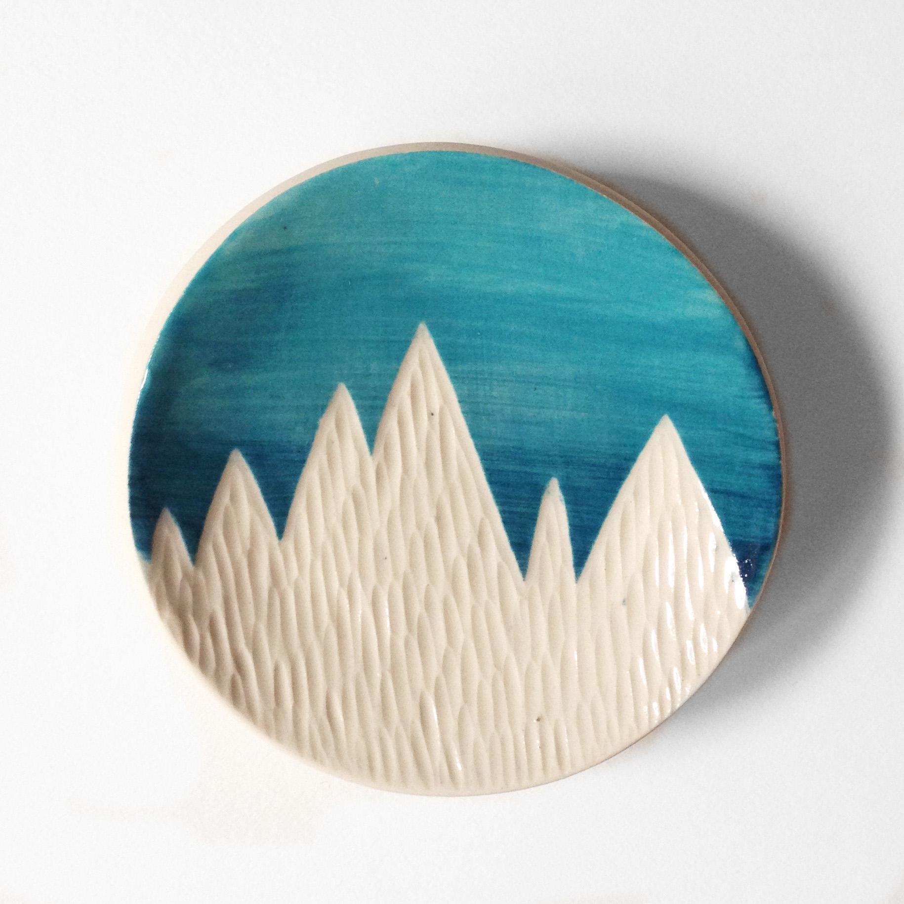 Mountain ring dish