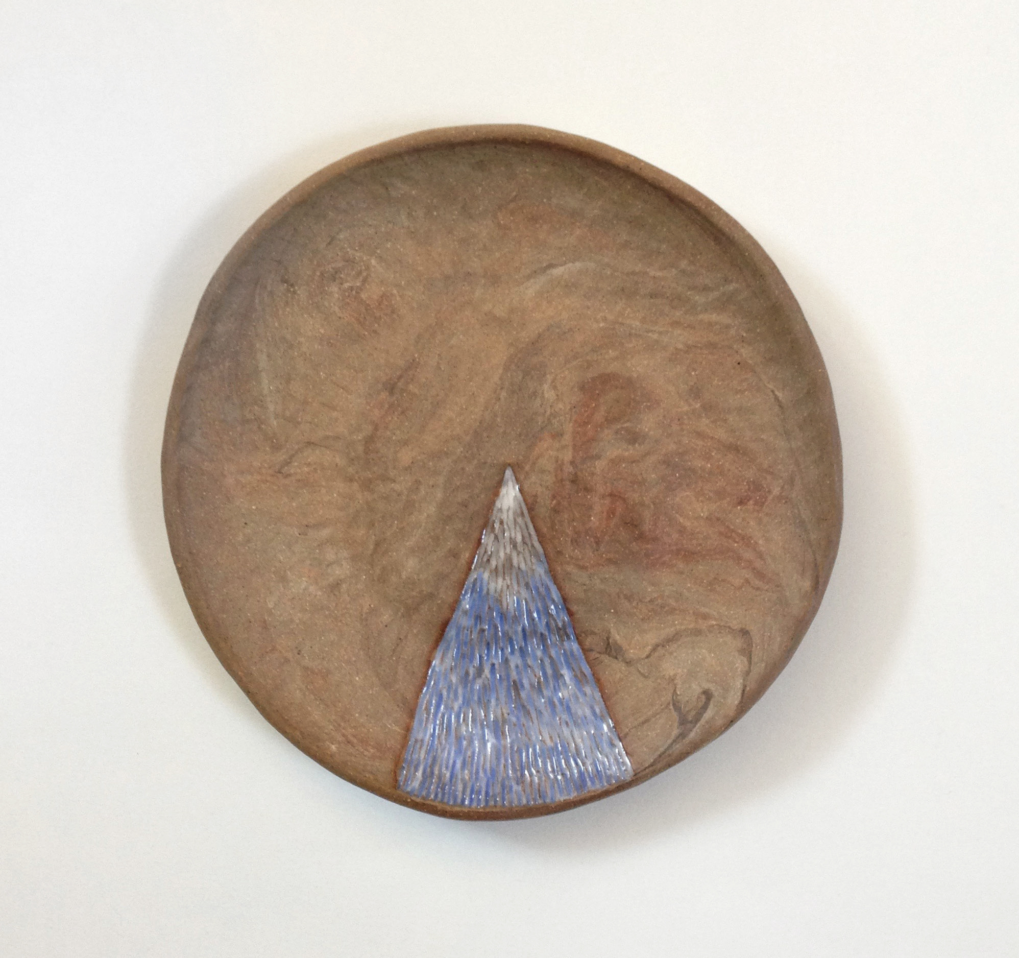 Recycled pinch dish