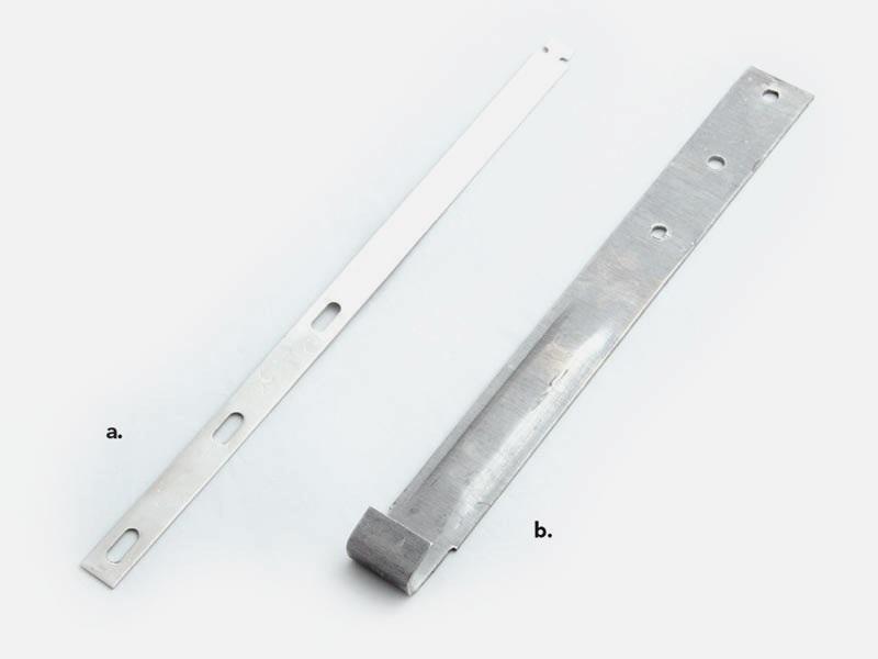 a. T-STRAP  100 pcs/carton   b. J-HOOK   100 pcs/carton