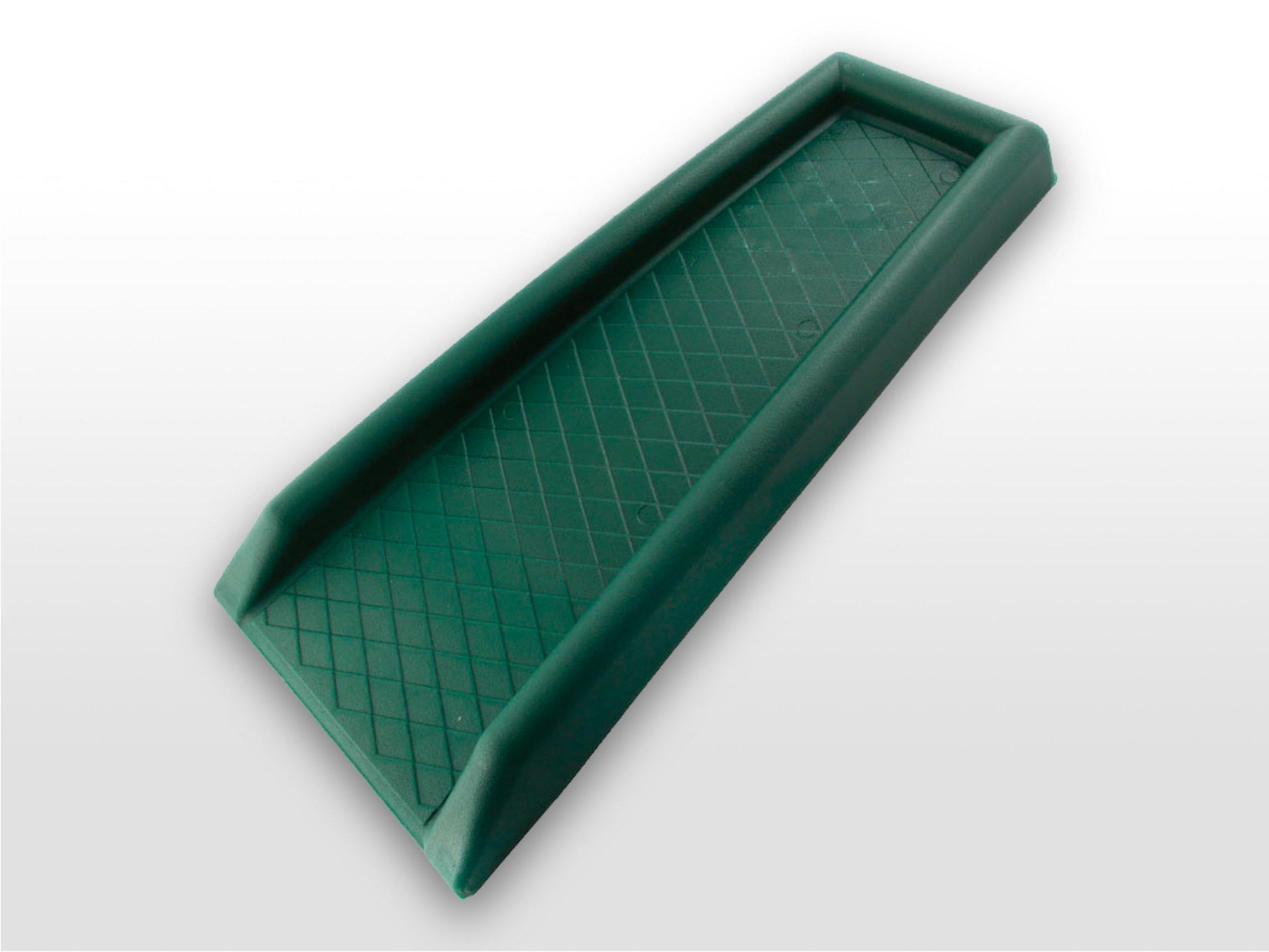 PVC Splash Block  one size; packaged 10 pcs/carton  Green PVC