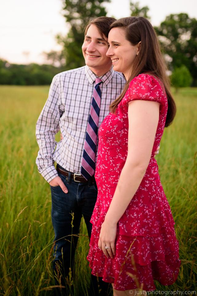 Engagement couple posing inspiration. Washington, DC photosgrapher.