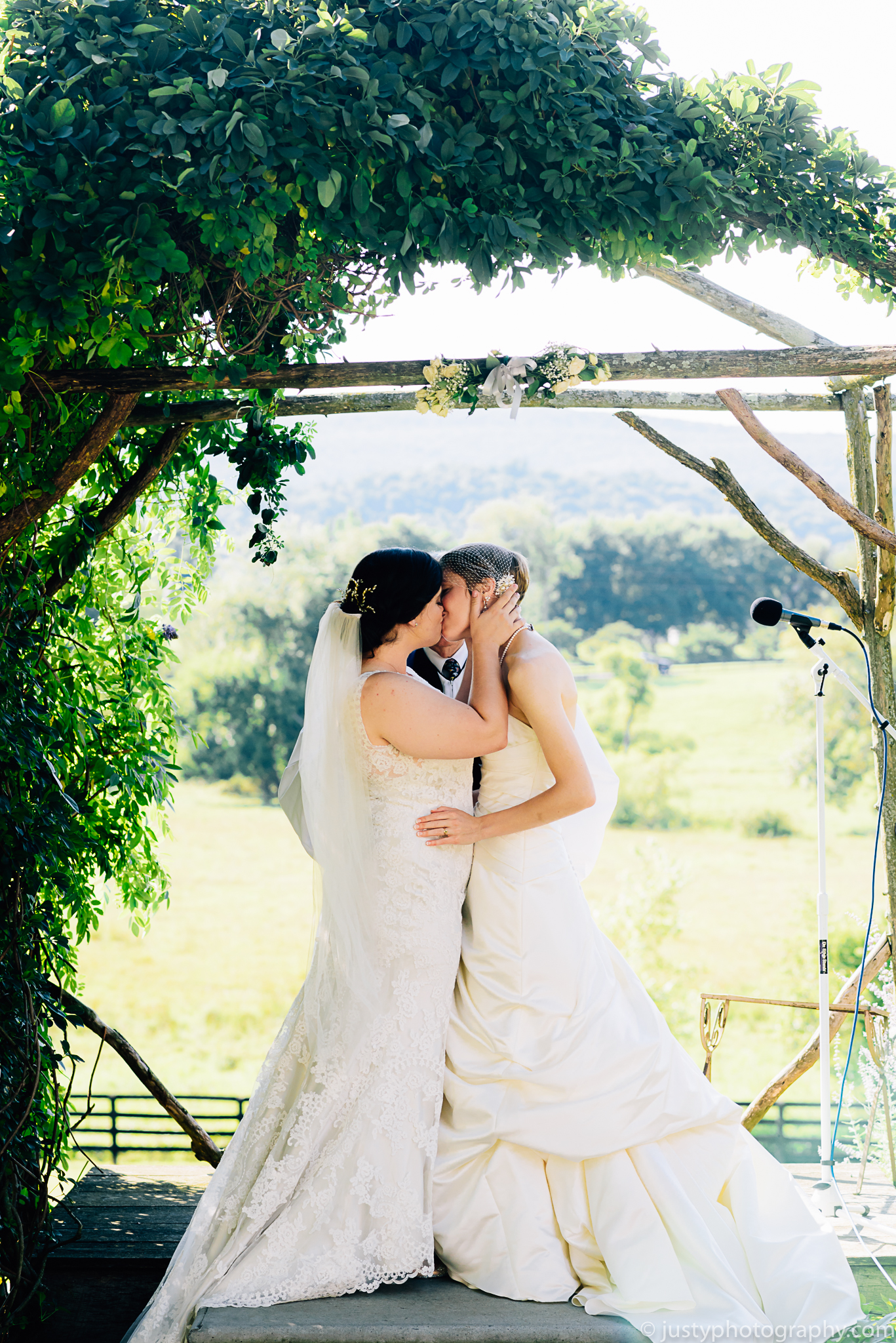 Silverbrook Farm Wedding Photos - Washington DC Wedding Photographer - First Kiss