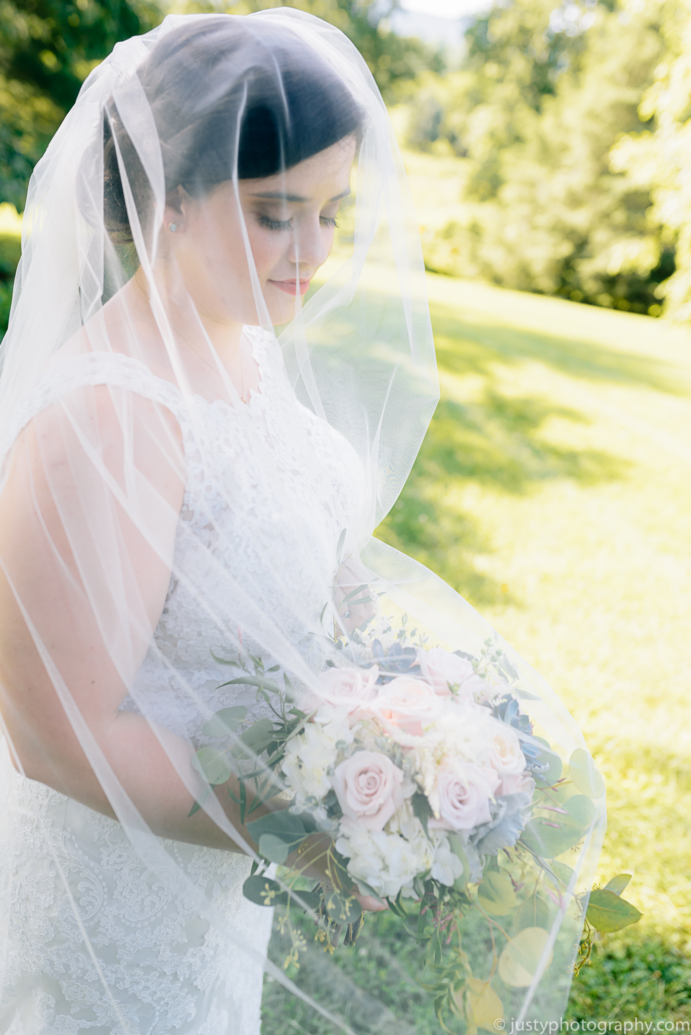 Silverbrook Farm Wedding Photos - Washington DC Wedding Photographer - Bride portraits