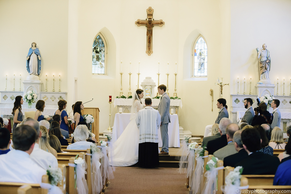 St. Anthony's Shrine wedding photos