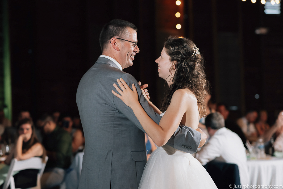 Historic Round Barn wedding photos - Father Daughter Dance