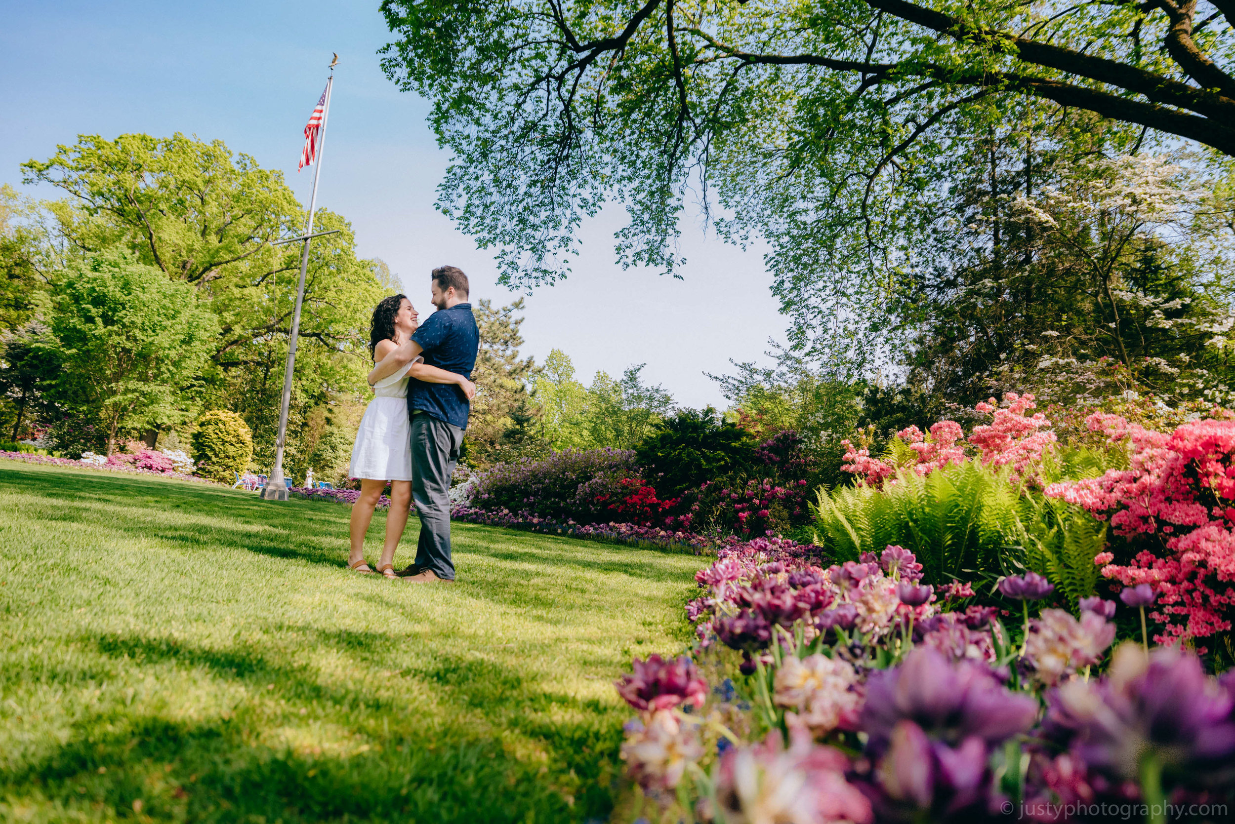 Hillwood Estate Engagement Photos-5817.jpg