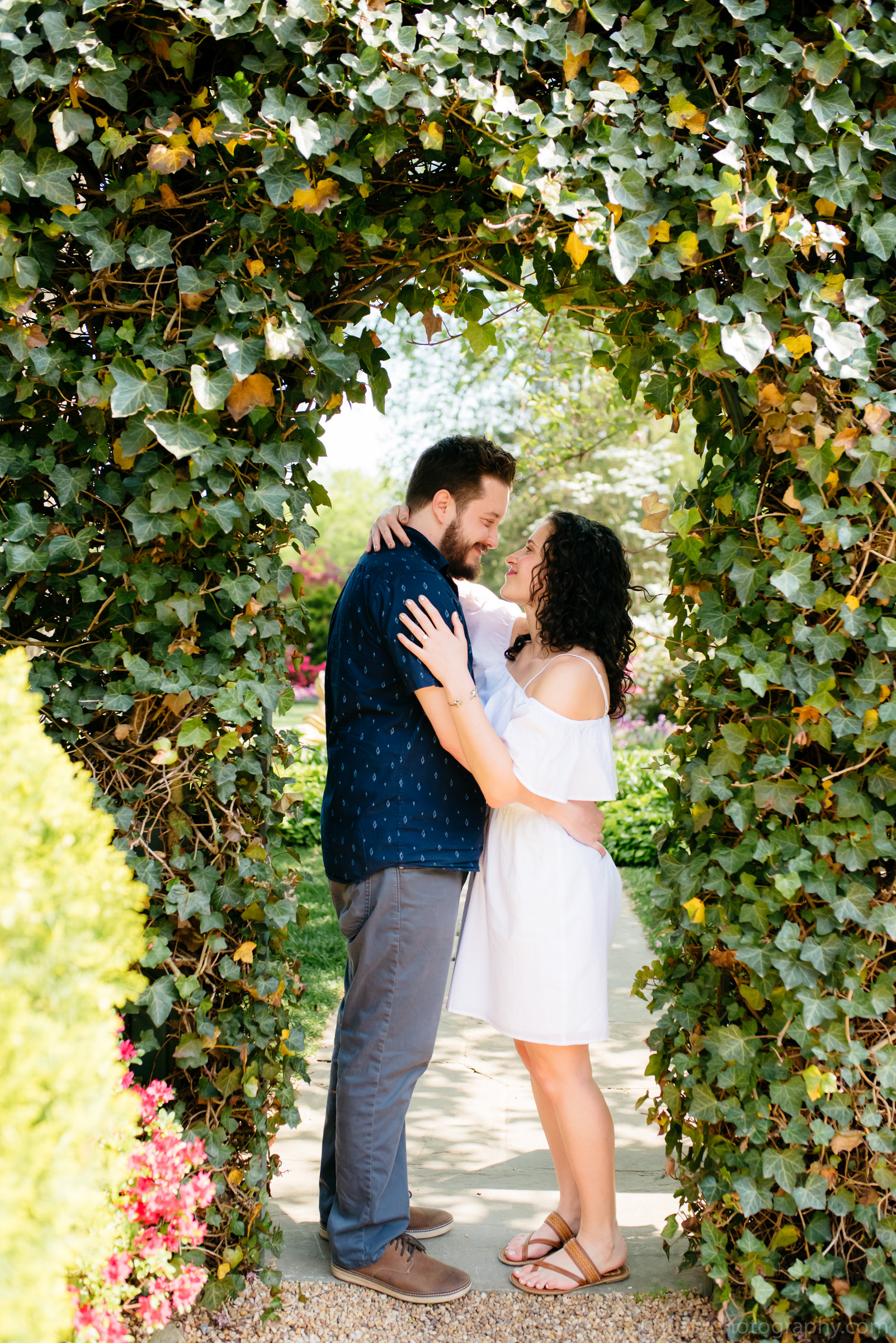 Hillwood Estate Engagement Photos-5878.jpg