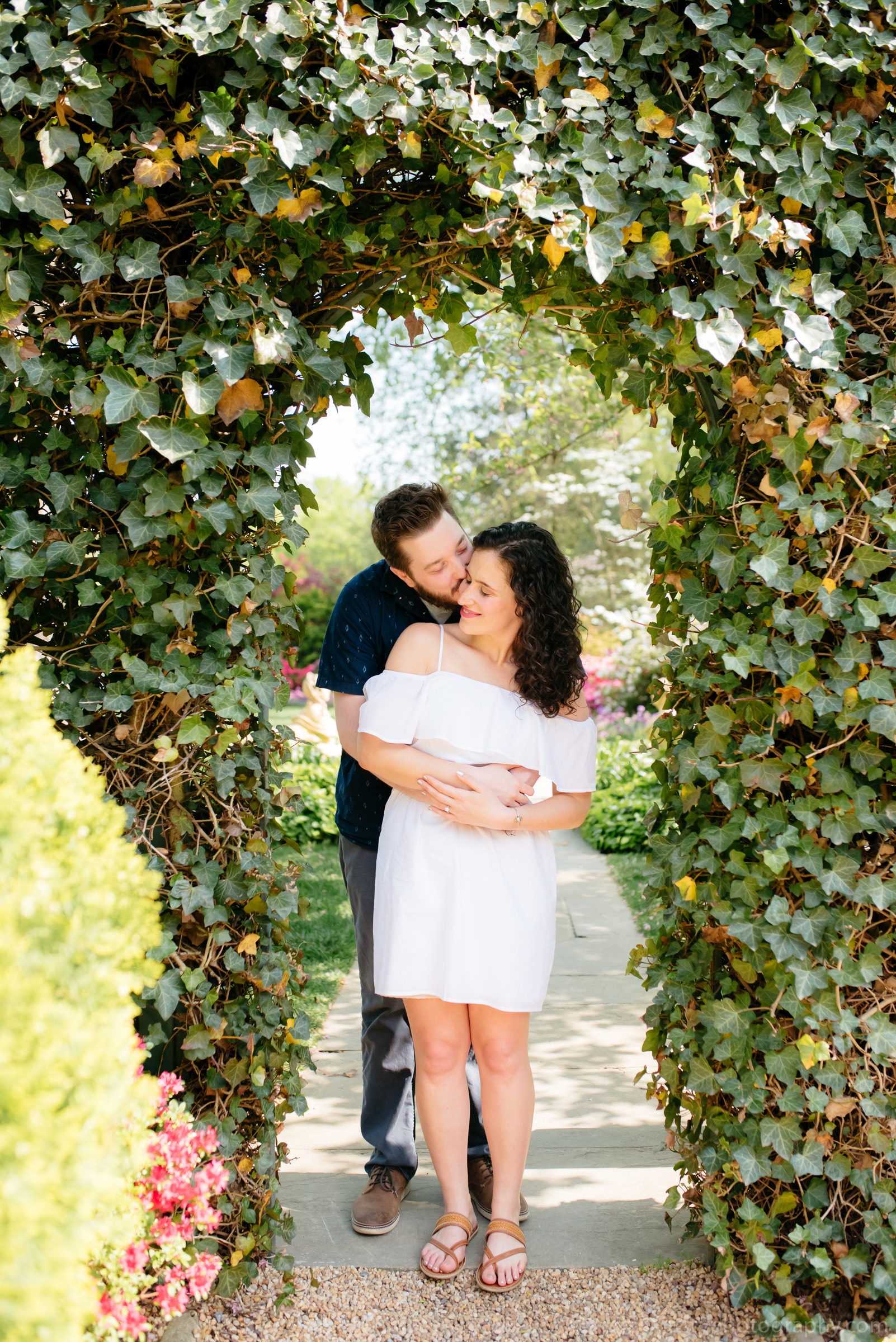 Hillwood Estate Engagement Photos-5885.jpg