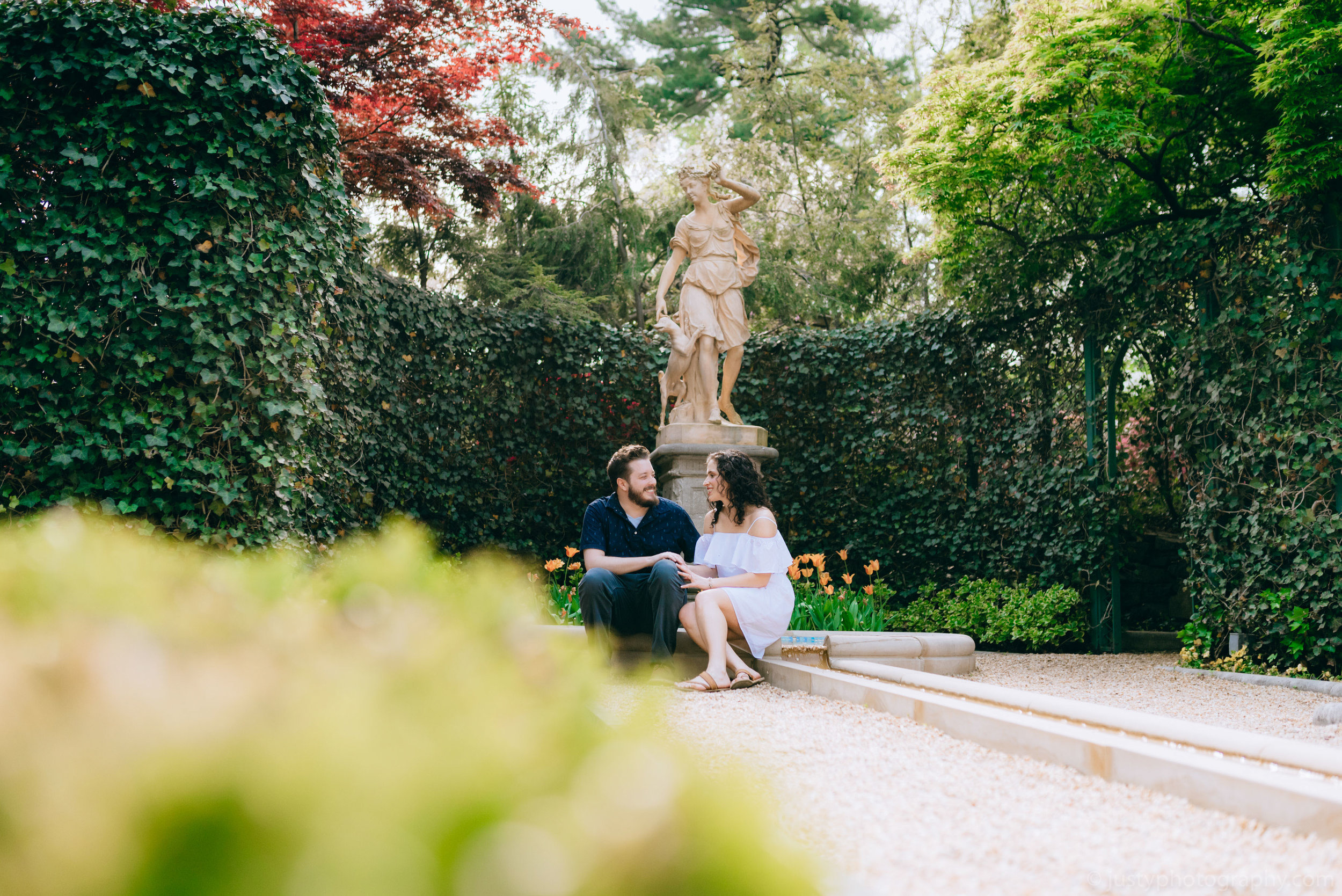 Hillwood Estate Engagement Photos-5989.jpg