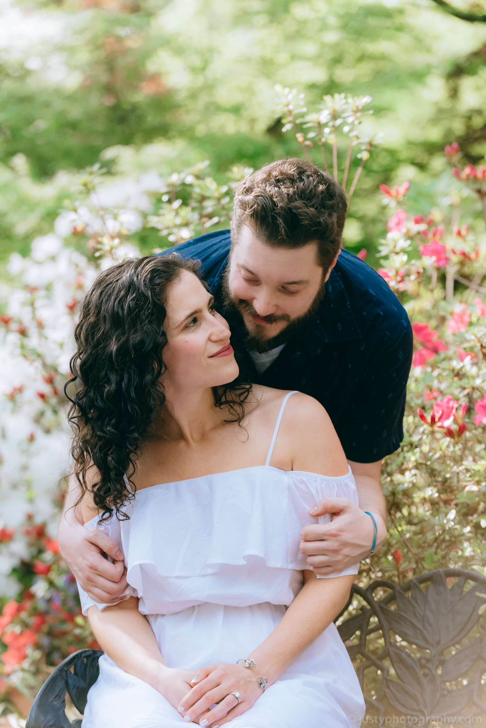 Hillwood Estate Engagement Photos-6242.jpg