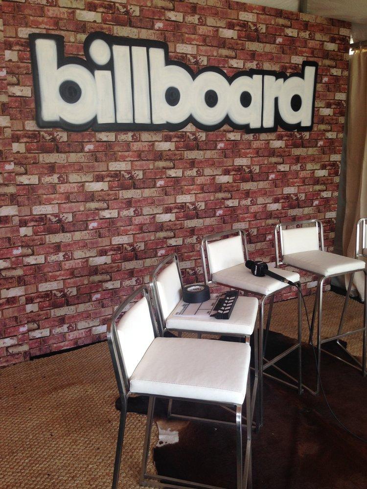 Billboard-03.jpeg