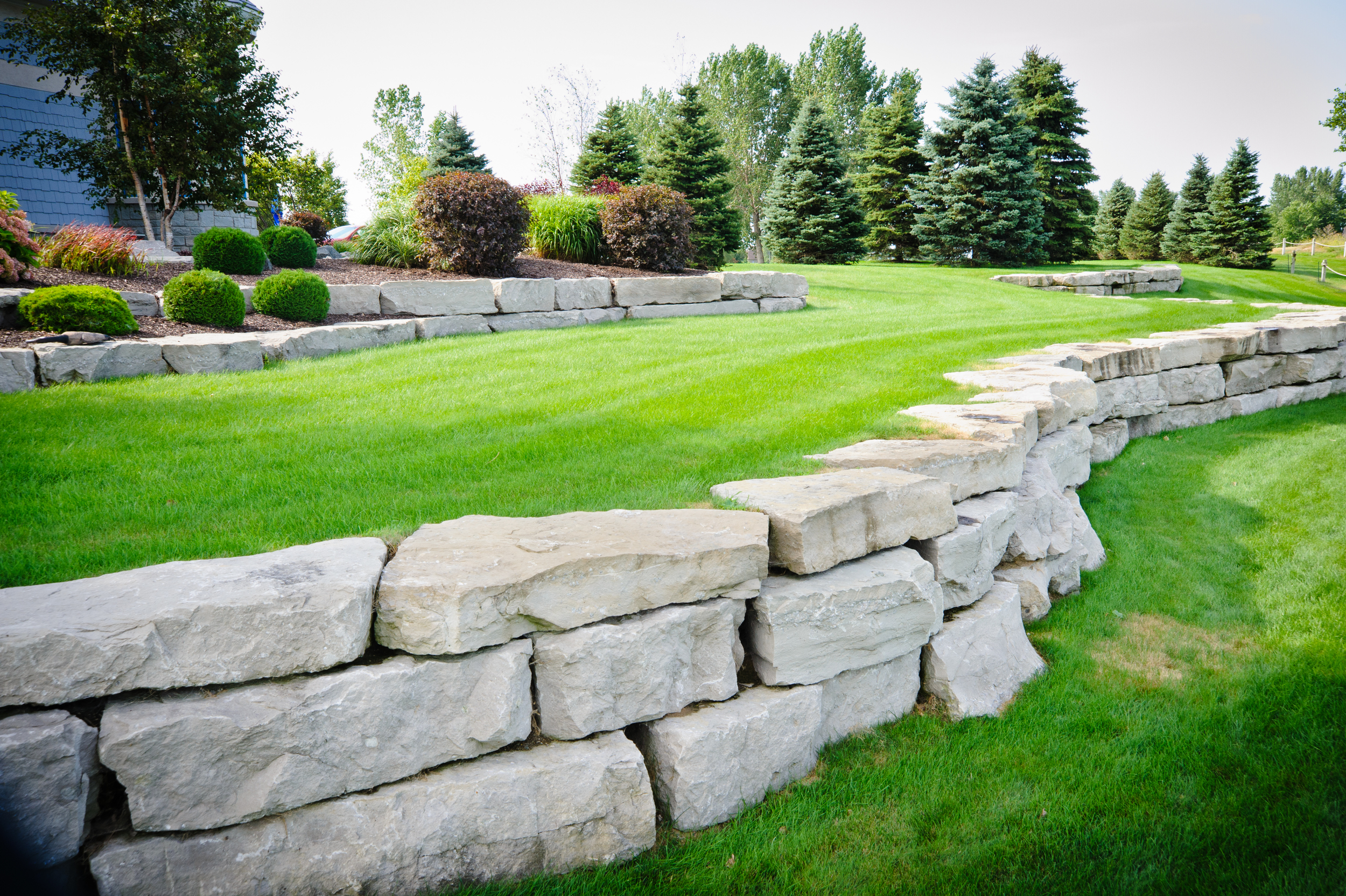 Endless Tiered Bolder Retaining Wall