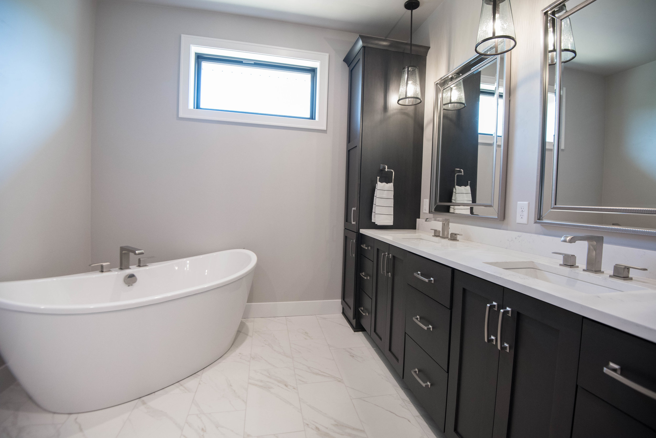 Parade of Homes Brown County-43.jpg