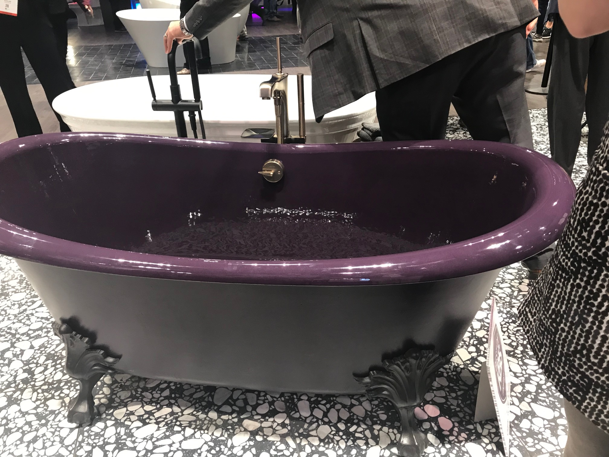 2019-02 Kohler Plumb Cast Iron Tub (1).jpg