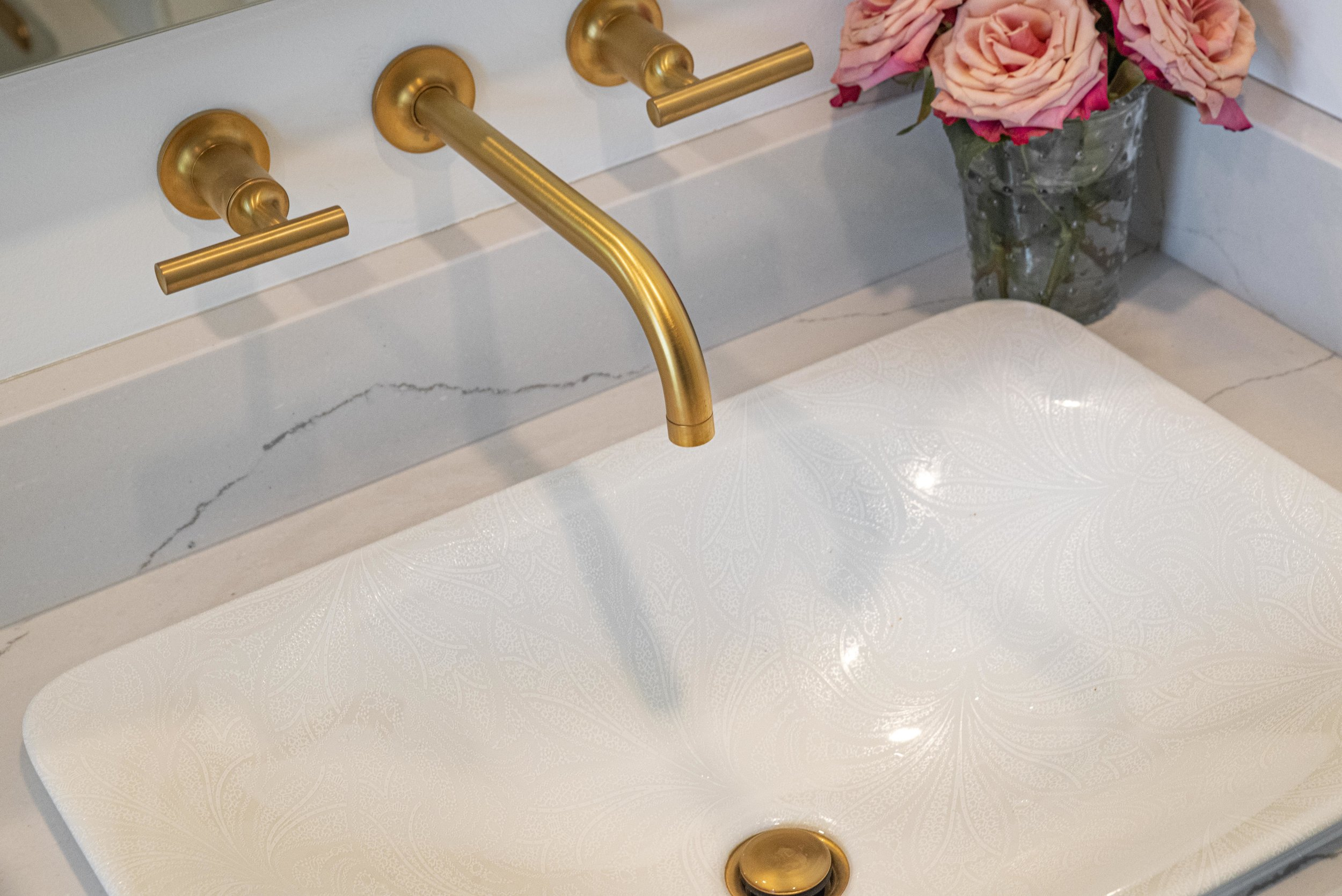 Guest Bath 4.jpg