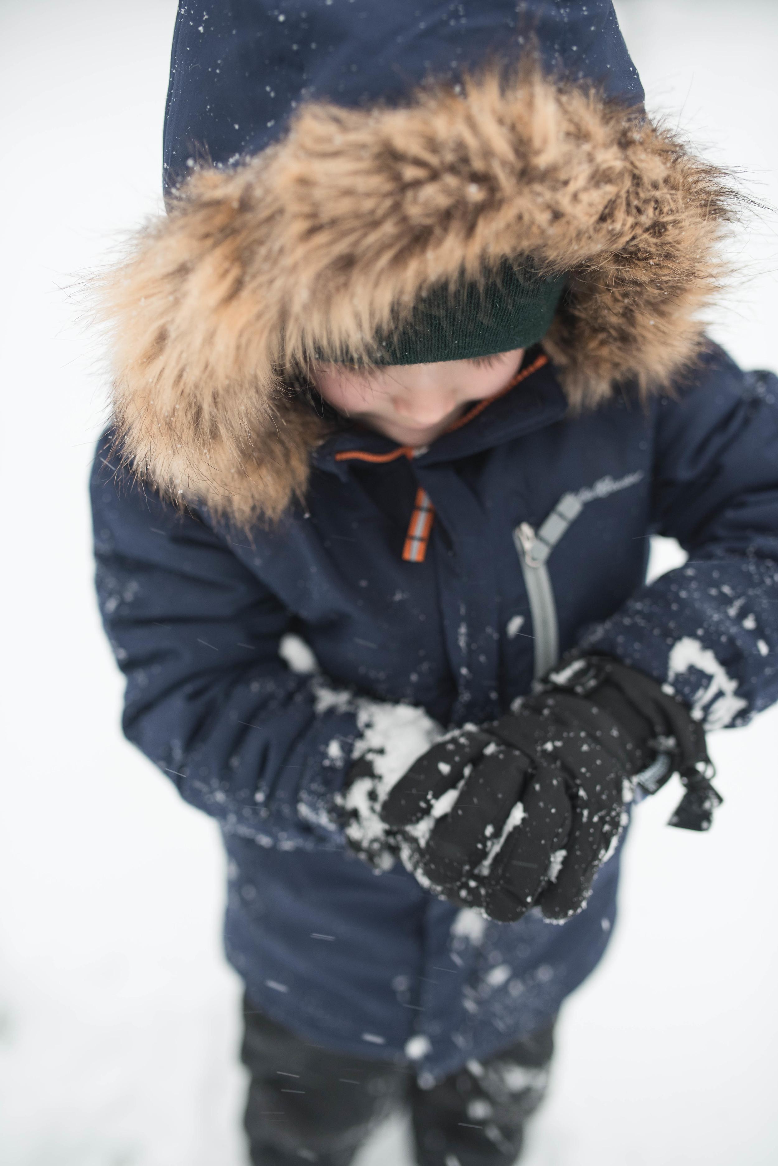 family photographer snow day portrait.jpg