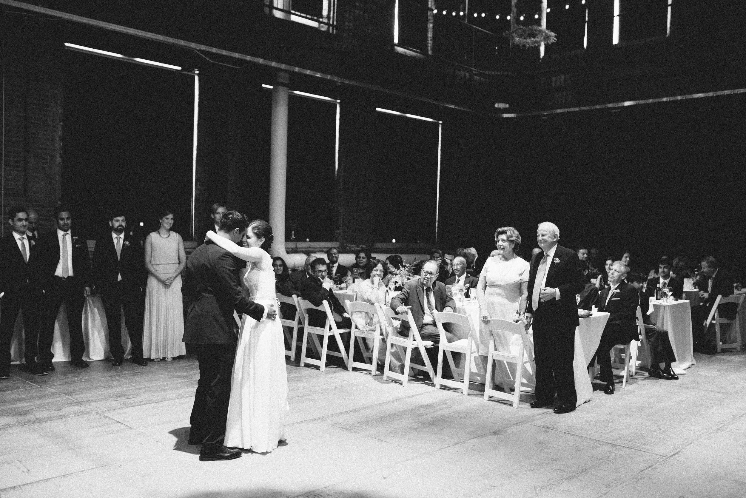 pittsburgh opera house wedding first dance.jpg