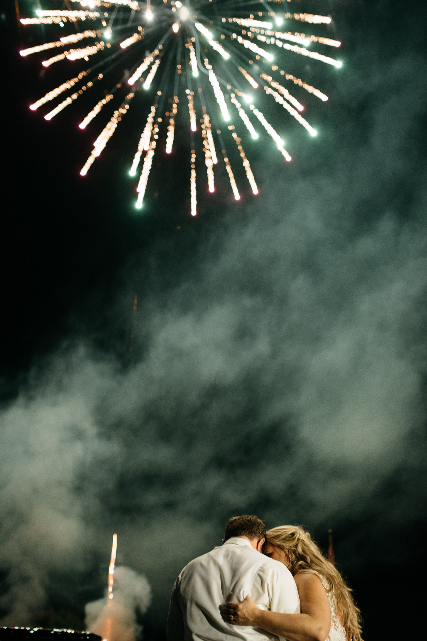 wedding fireworks, mariah fisher photography pittsburgh photographer.jpg