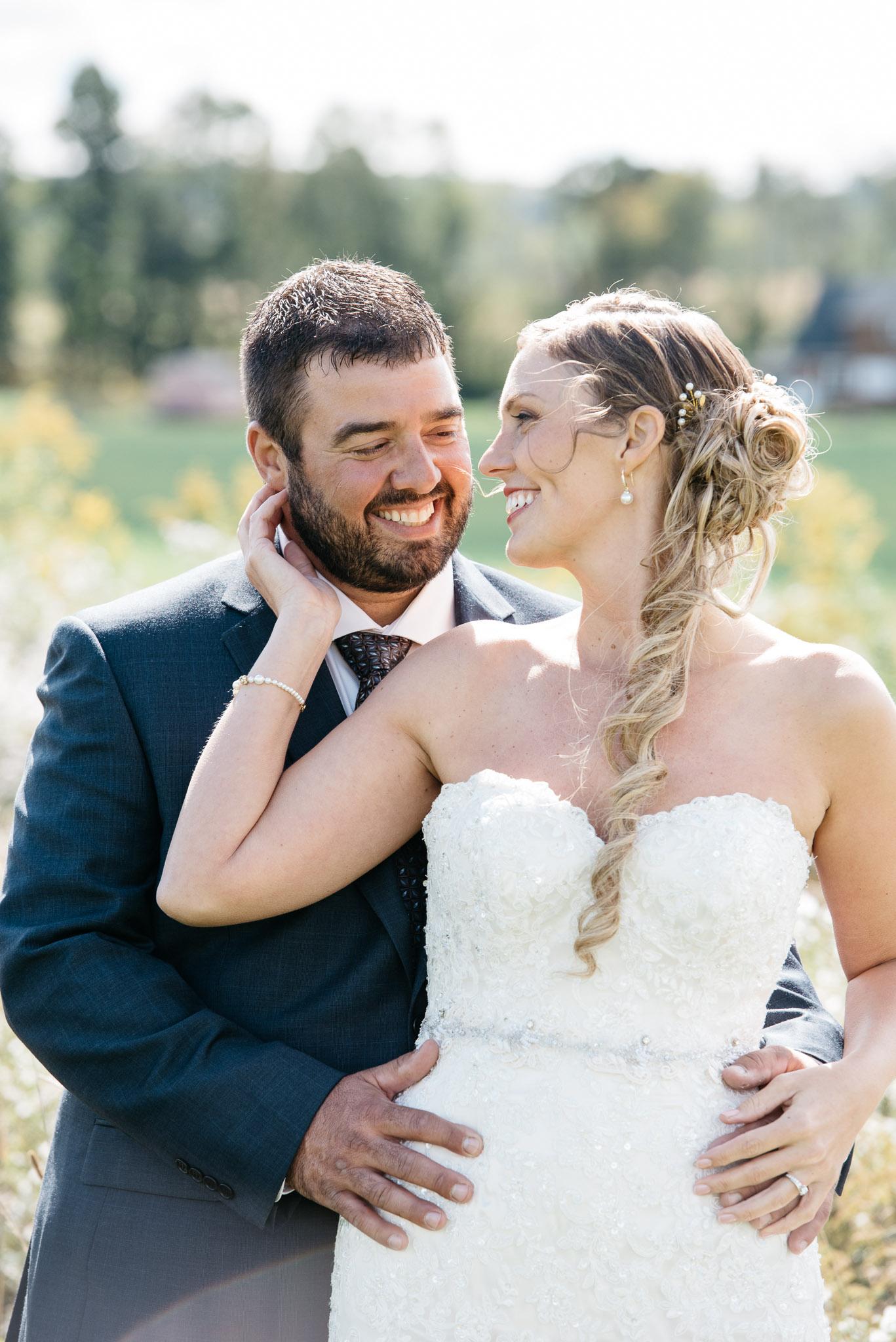 pittsburgh-ligonier-wedding-photographer-the-event-barn-at-highland-farms-11.jpg