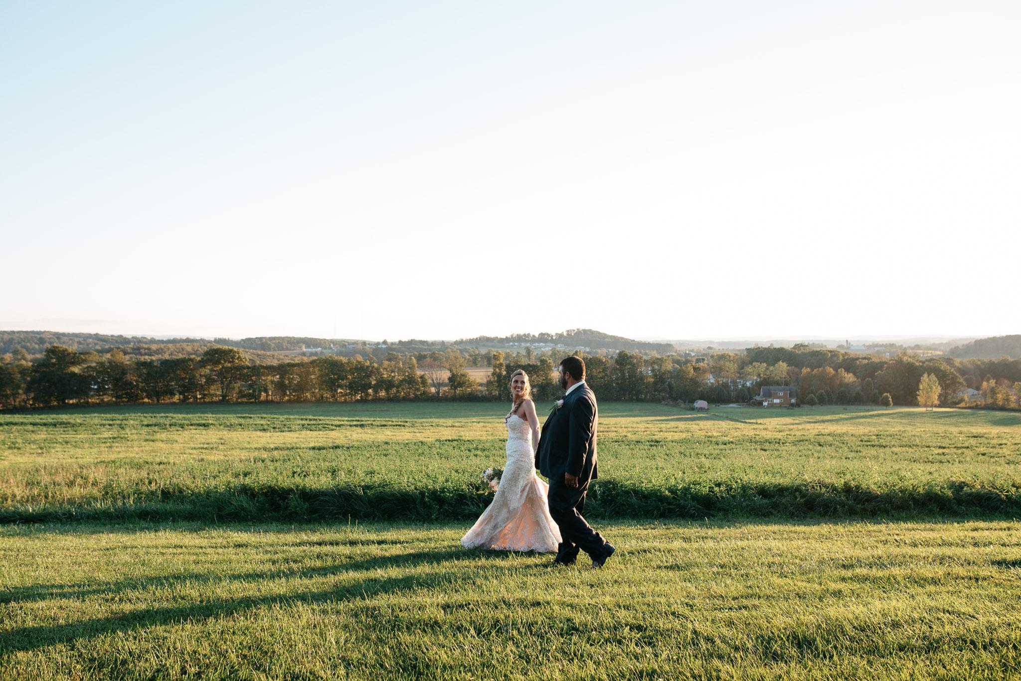 pittsburgh-ligonier-wedding-photographer-the-event-barn-at-highland-farms-50.jpg