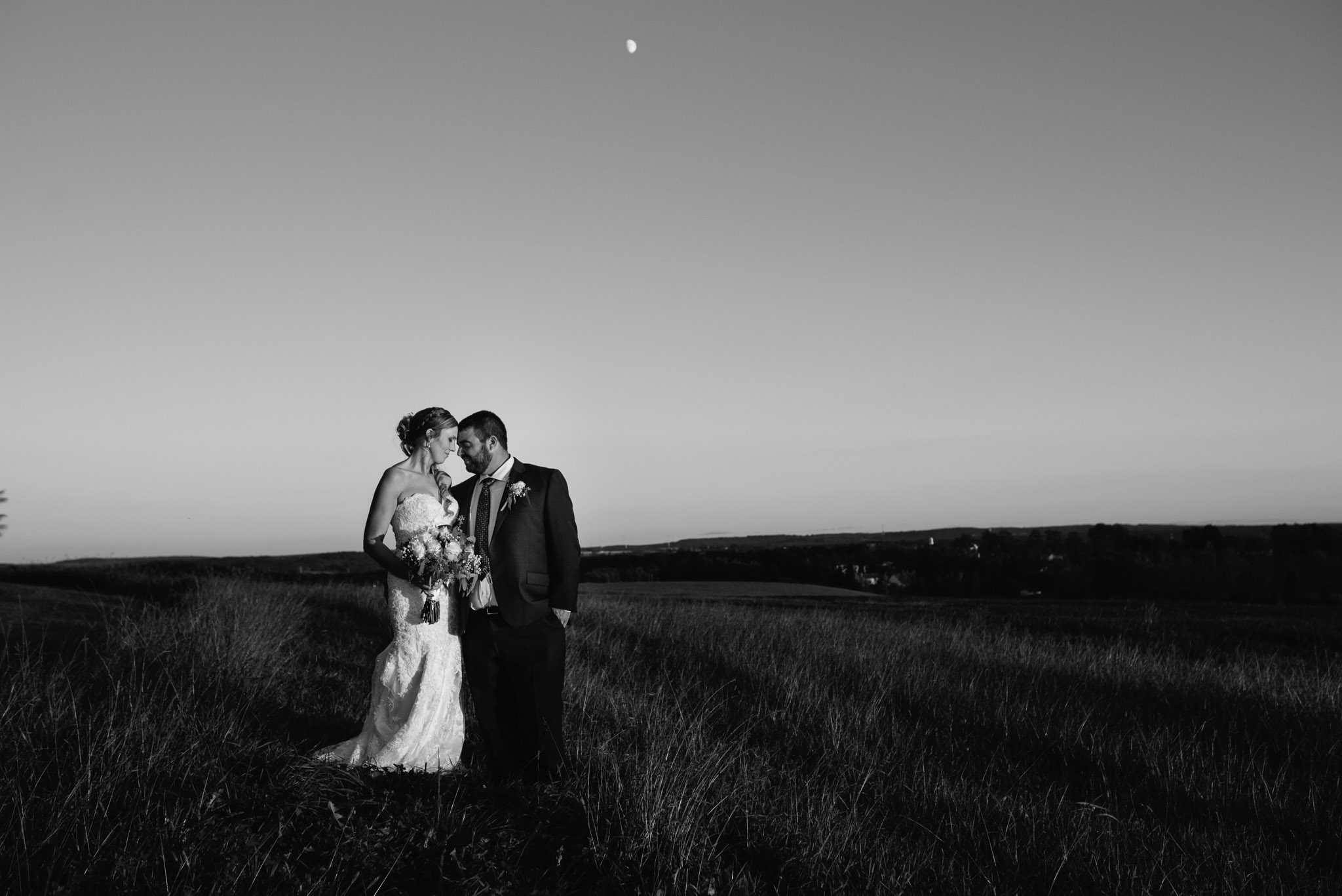 pittsburgh-ligonier-wedding-photographer-the-event-barn-at-highland-farms-55.jpg