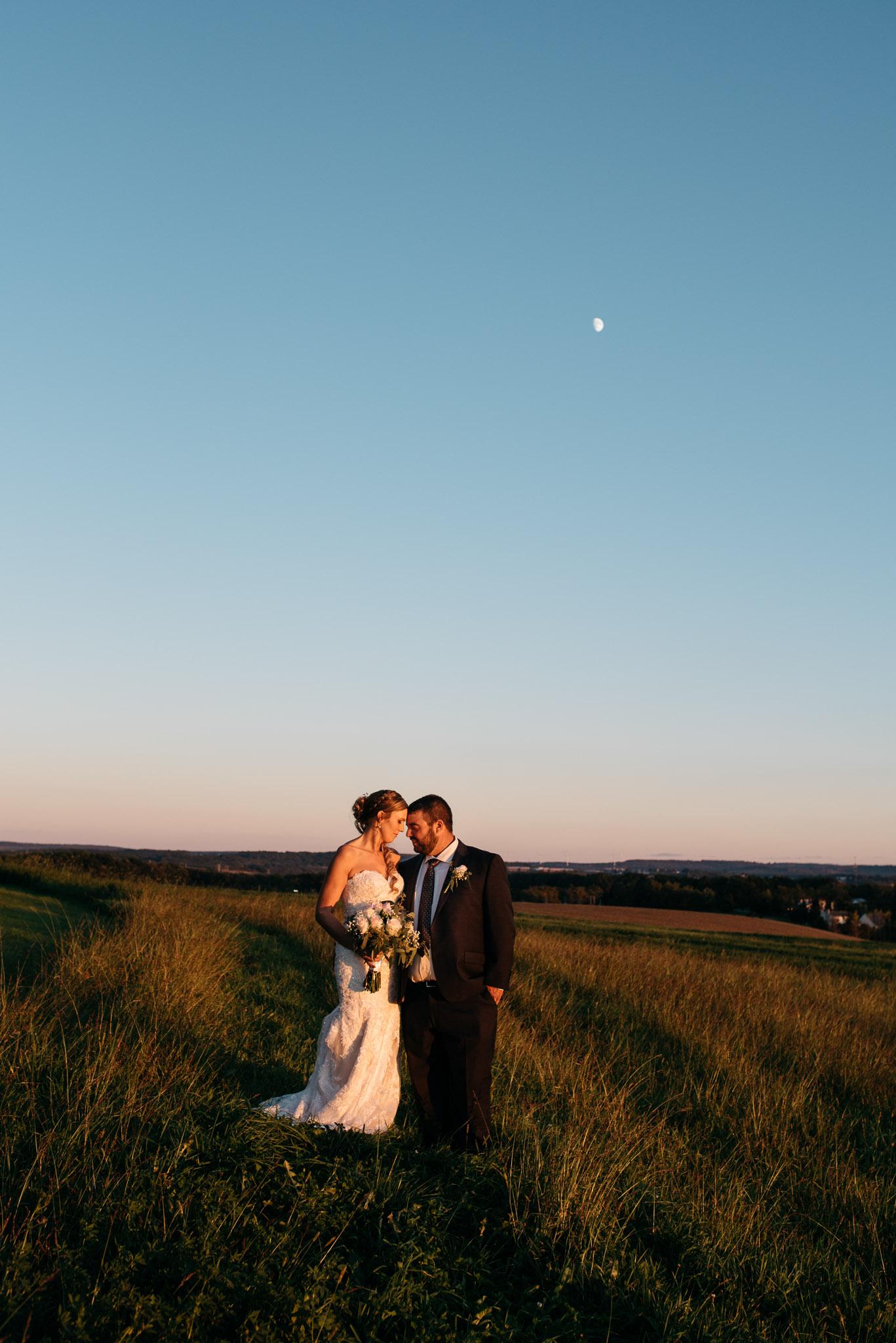 pittsburgh-ligonier-wedding-photographer-the-event-barn-at-highland-farms-56.jpg
