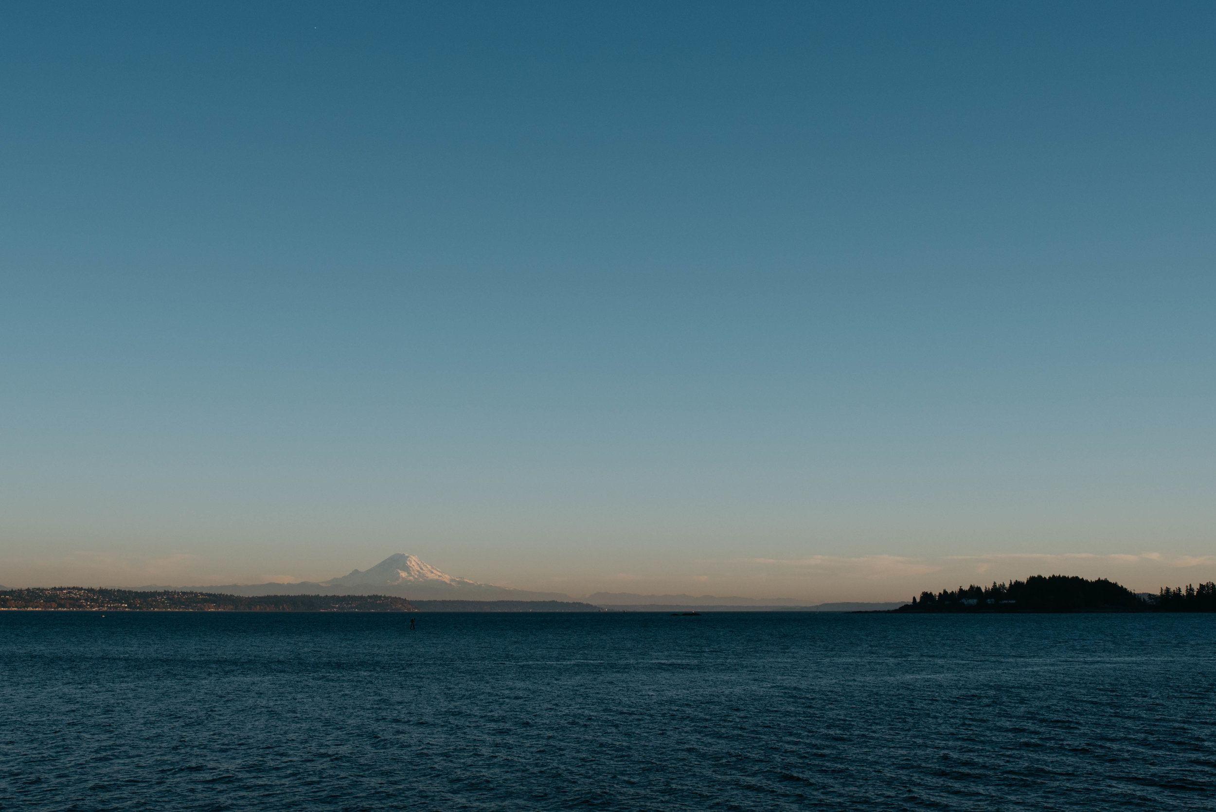 Seattle Ferry Travel photography mariah fisher-1.jpg