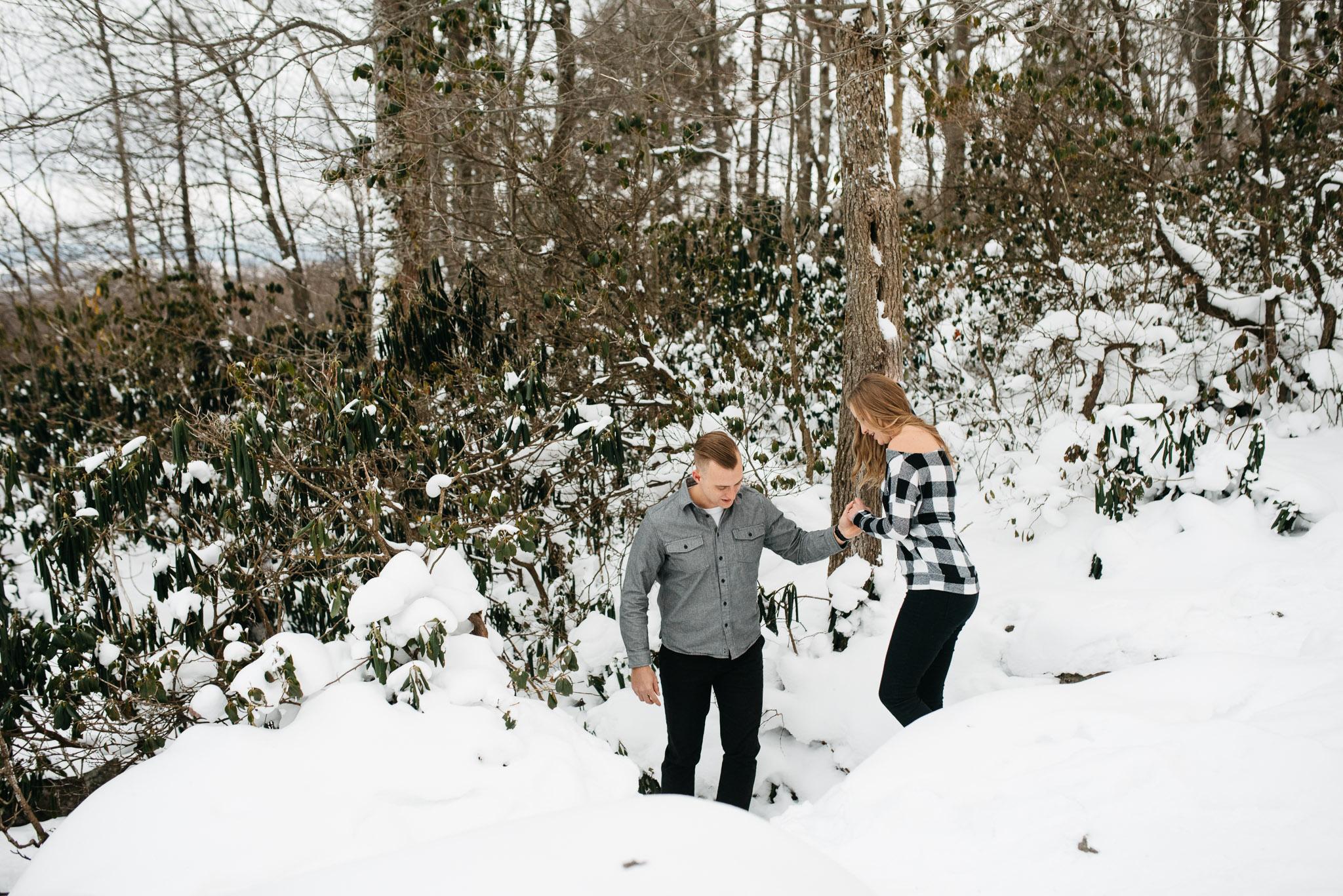 Ligonier-Linn-Run-Engagement-Session-Pittsburgh-Photographer-Mariah-Fisher-1.jpg