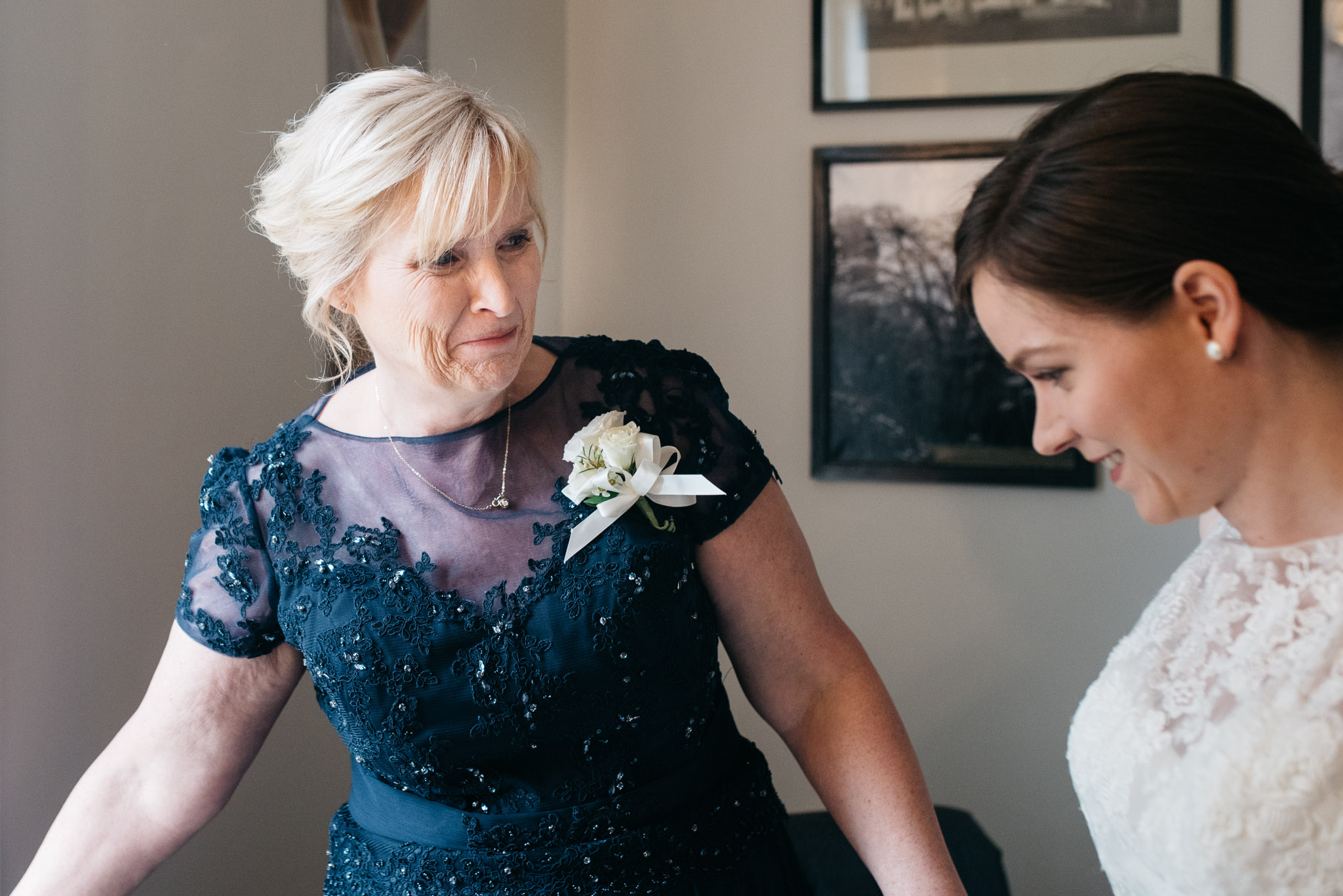 Mariah Fisher Photography Bride getting ready Rust Manor VA Wedding-5.jpg
