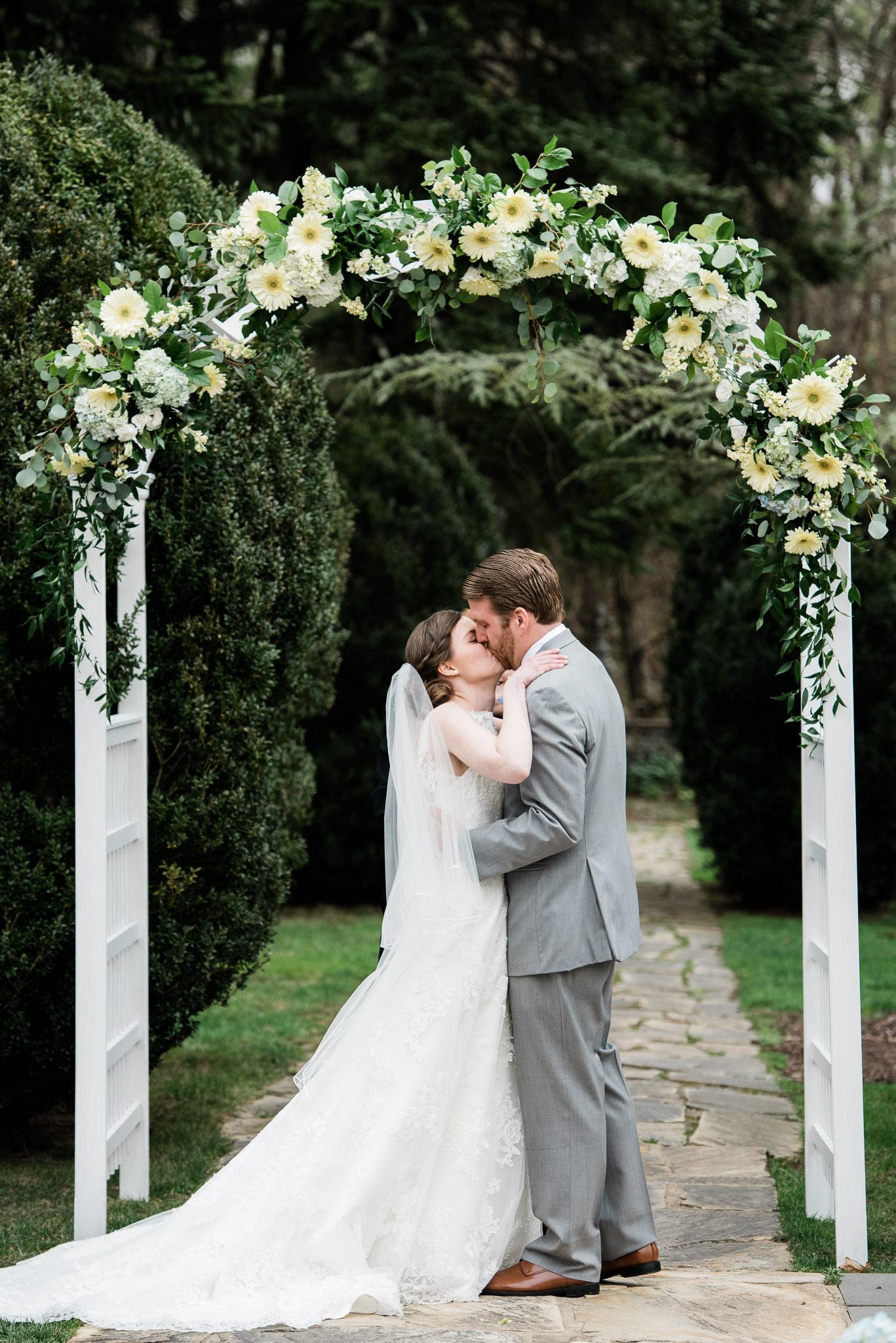 Rust Manor VA Wedding Photograrphy Mariah Fisher Photography-45.jpg