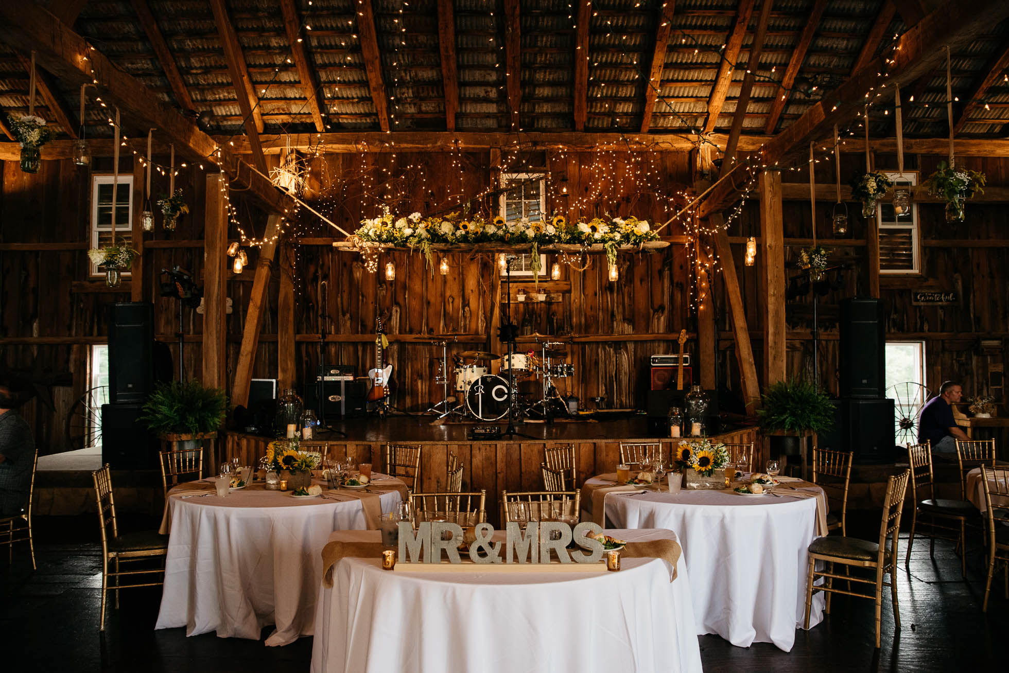 The Hayloft of PA, Mariah Fisher, Pittsburgh PA wedding photographer-4.jpg