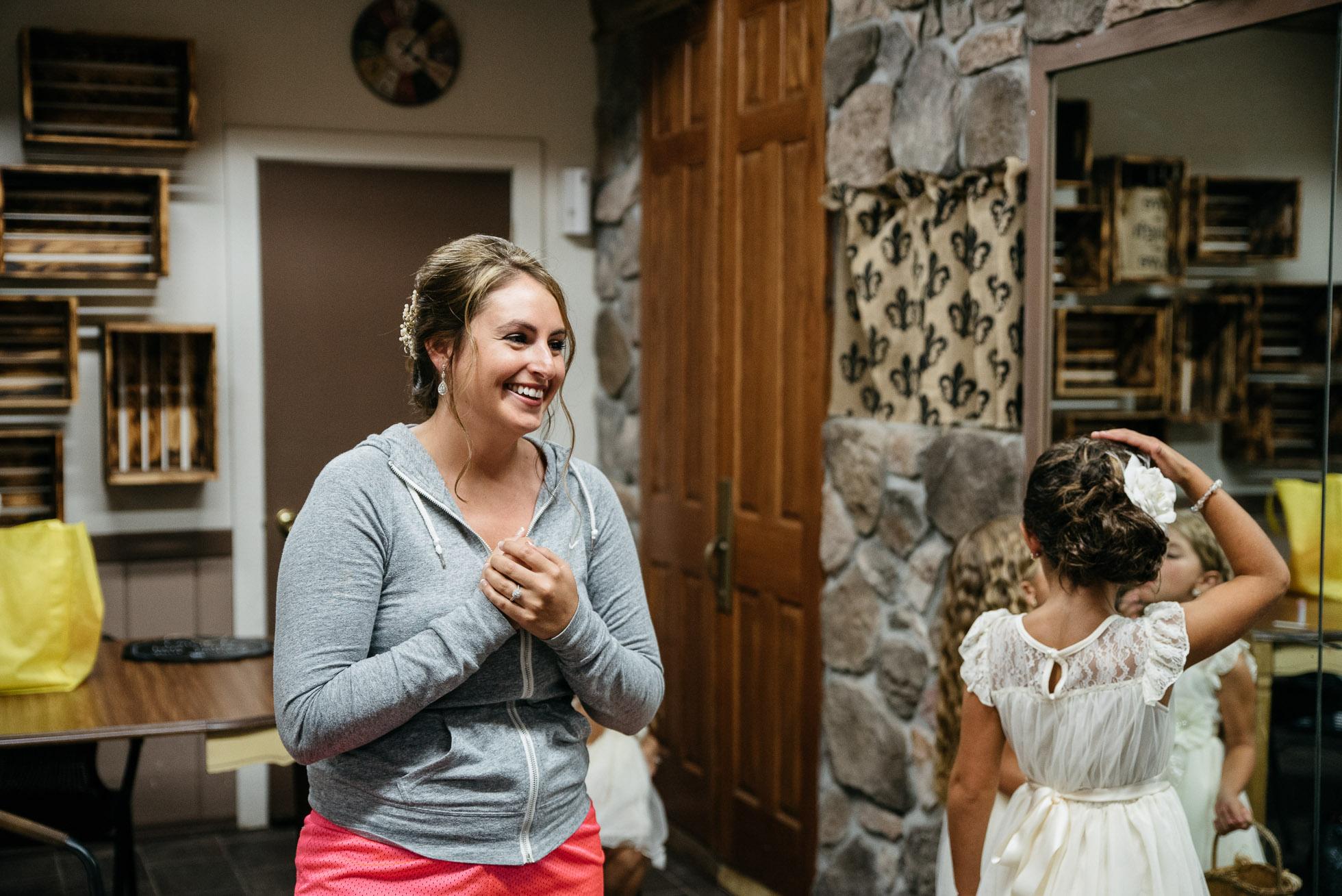 PA Wedding photographer, The Hayloft of PA, Mariah Fisher, Pittsburgh PA wedding photographer-6.jpg
