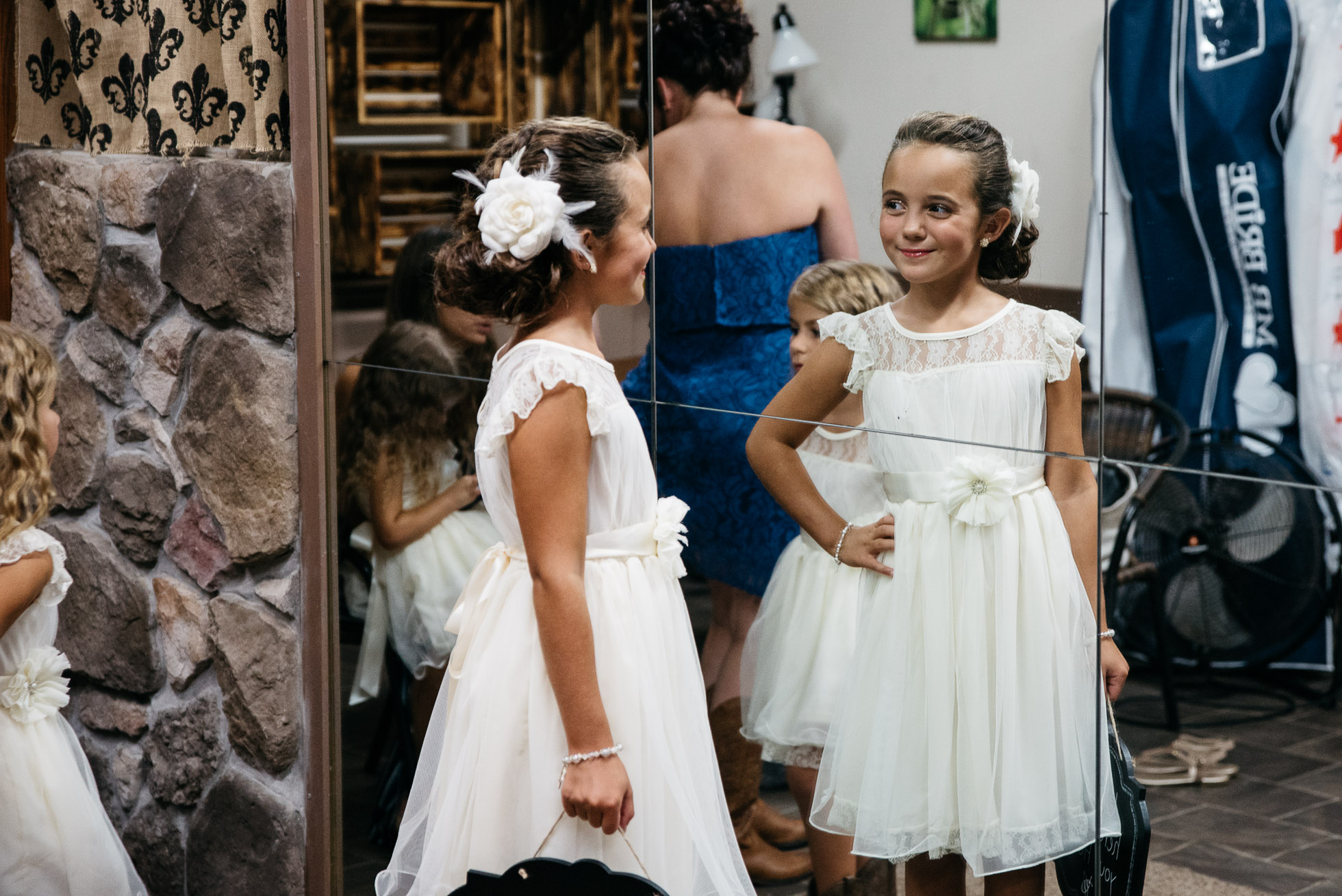 PA Wedding photographer, The Hayloft of PA, Mariah Fisher, Pittsburgh PA wedding photographer-8.jpg