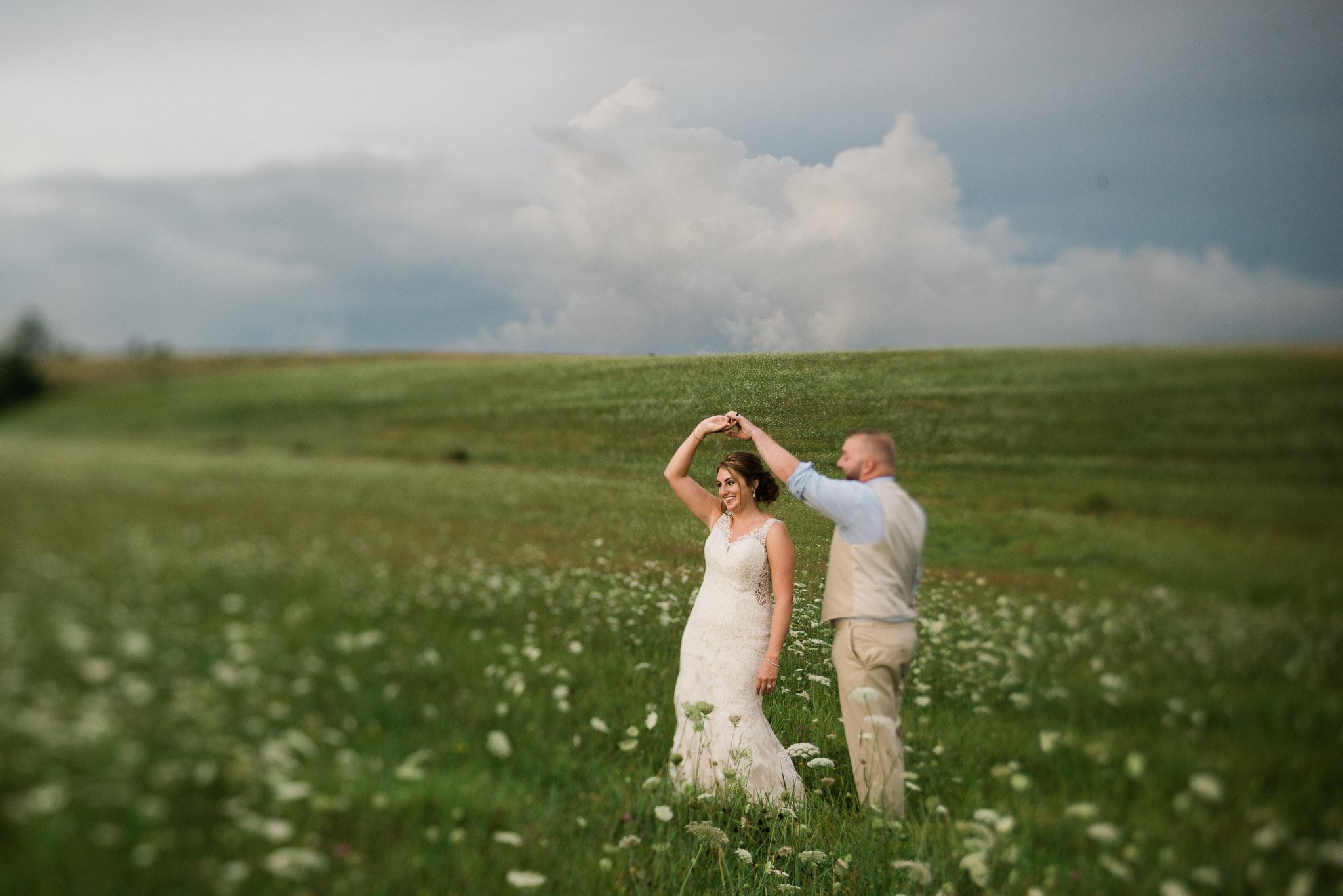 Pittsburgh Wedding Photographer, Hayloft of PA Mariah Fisher-0847.jpg
