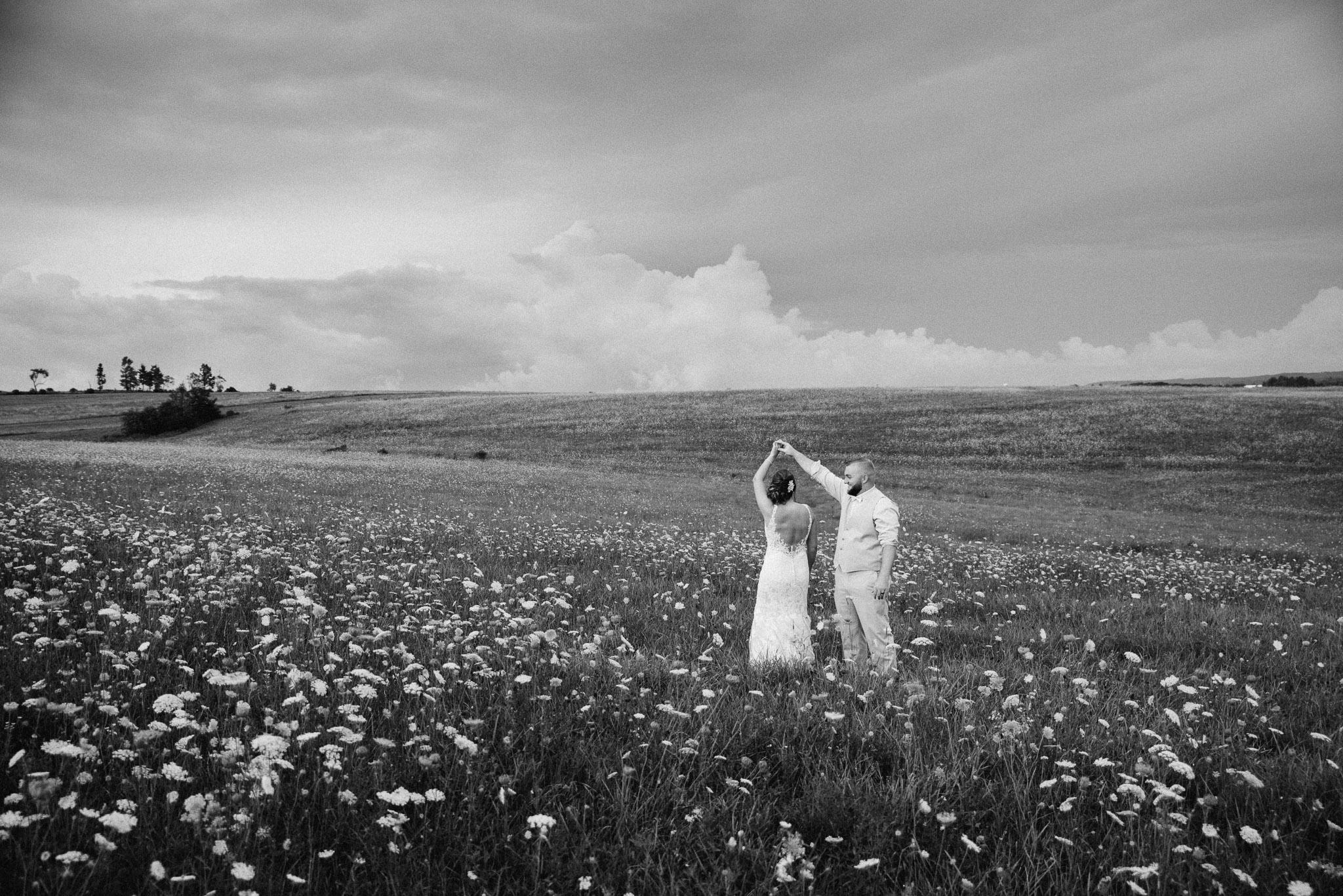 Pittsburgh Wedding Photographer, Hayloft of PA Mariah Fisher-0142.jpg