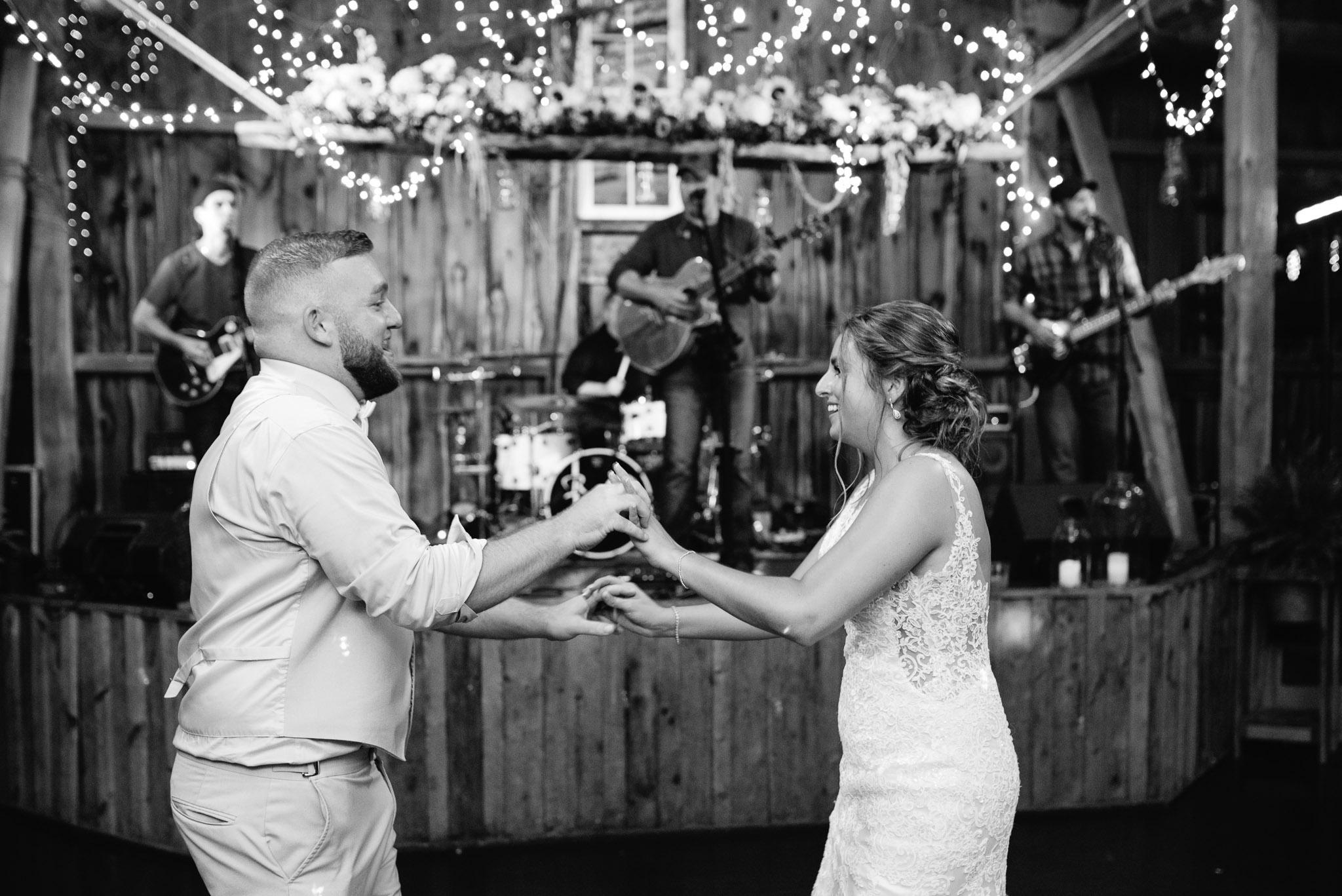 Ligonier Wedding Photographer, Hayloft of PA Mariah Fisher-5107.jpg