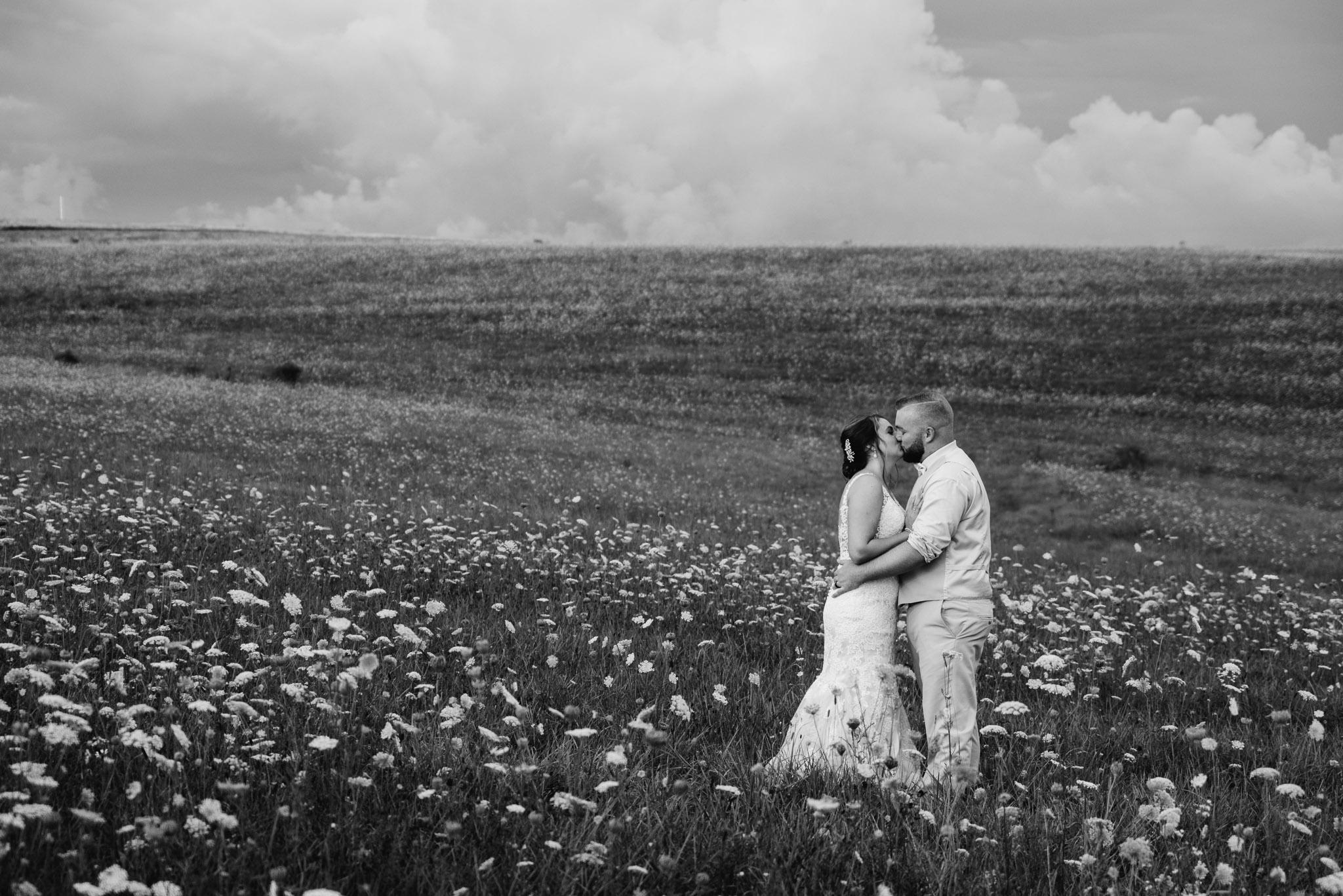 Pittsburgh Wedding Photographer, Hayloft of PA Mariah Fisher-0125.jpg