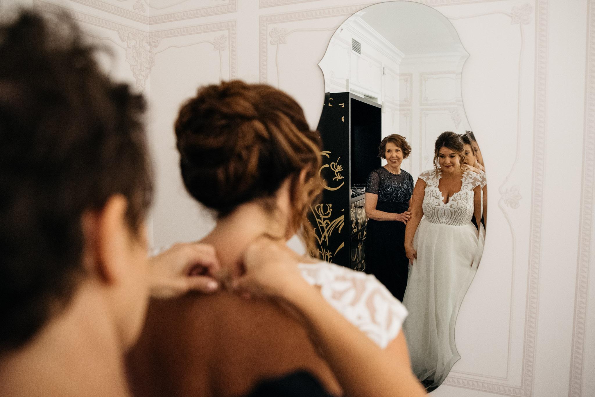 Carnegie Science Center Wedding, getting ready, Hotel Monaco Mariah Fisher Photography-0792.jpg