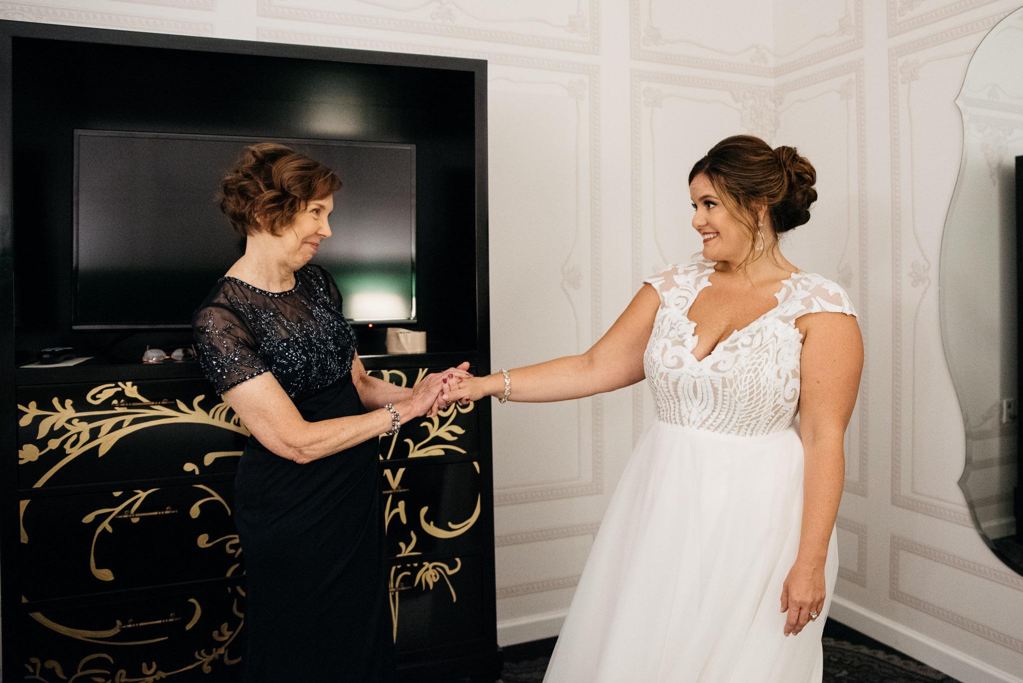 Carnegie Science Center Wedding, getting ready, Hotel Monaco Mariah Fisher Photography-0807.jpg