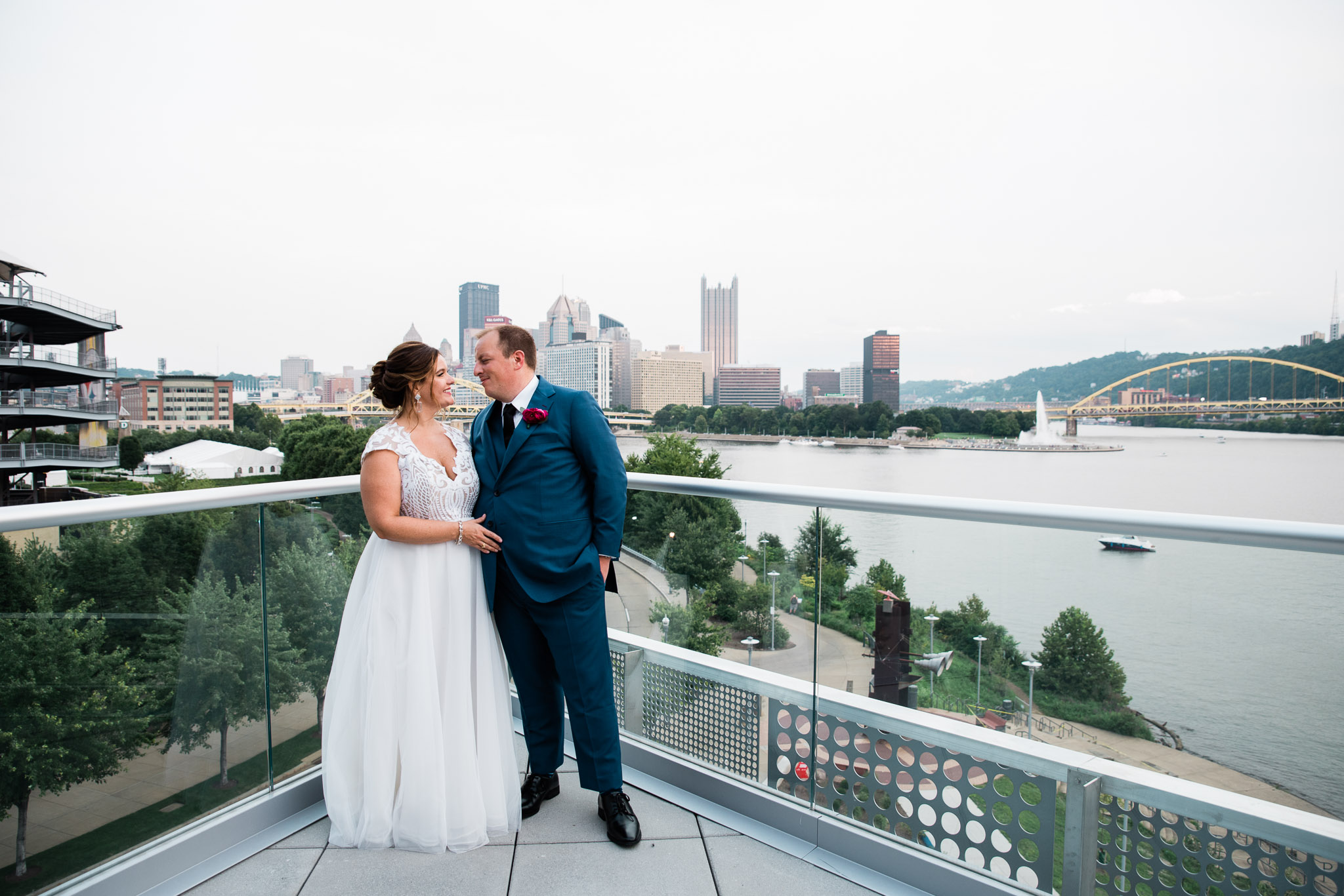 Pittsburgh Wedding Photographer, Carnegie Science Center, Pointview Hall, Mariah Fisher-1518.jpg