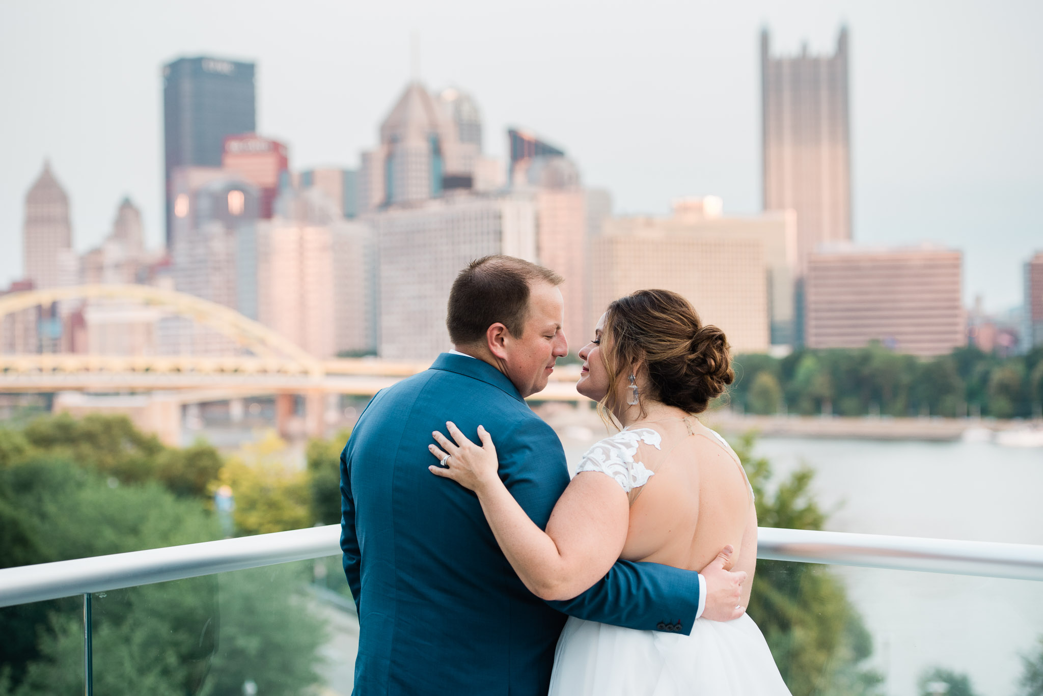 Pittsburgh Wedding Photographer, Carnegie Science Center, Pointview Hall, Mariah Fisher-6486.jpg