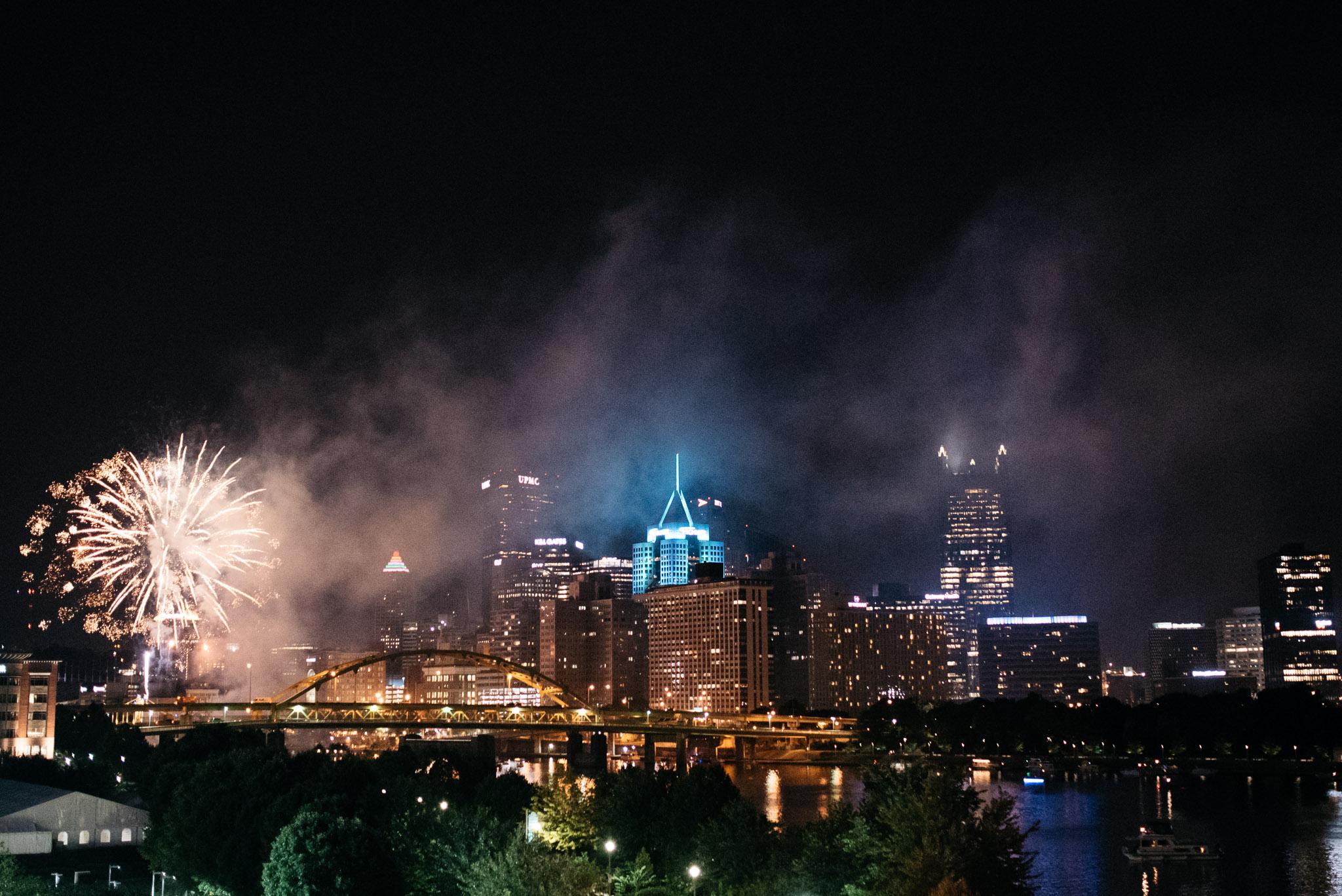 Fireworks, Pittsburgh Wedding Photographer,  Carnegie Science Center, Pointview Hall, Mariah Fisher-6802.jpg